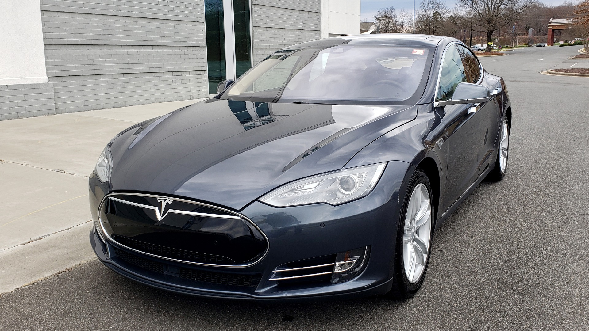Used 2014 Tesla MODEL S 60 kWh BATTERY / TECH / NAV / SUBZERO / SUNROOF / REARVIEW for sale Sold at Formula Imports in Charlotte NC 28227 3