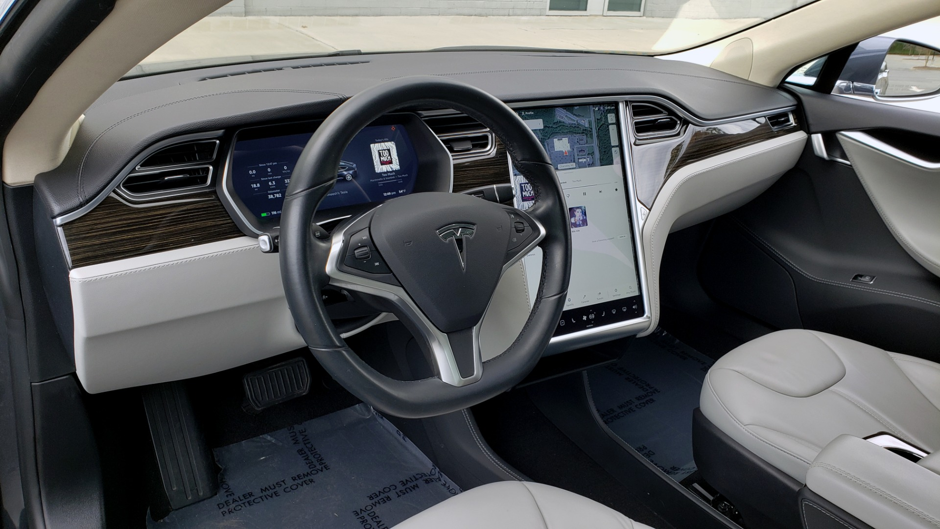 Used 2014 Tesla MODEL S 60 kWh BATTERY / TECH / NAV / SUBZERO / SUNROOF / REARVIEW for sale Sold at Formula Imports in Charlotte NC 28227 32