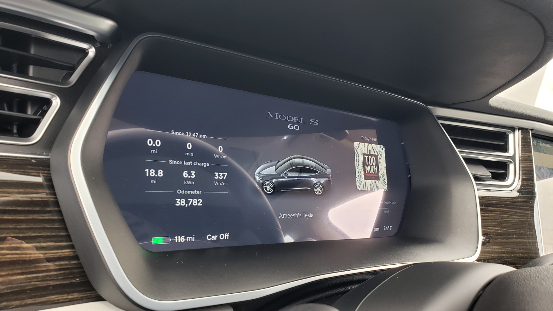 Used 2014 Tesla MODEL S 60 kWh BATTERY / TECH / NAV / SUBZERO / SUNROOF / REARVIEW for sale Sold at Formula Imports in Charlotte NC 28227 37