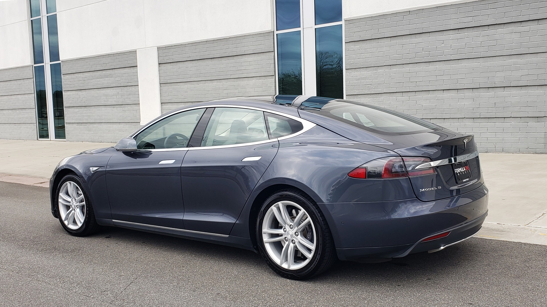 Used 2014 Tesla MODEL S 60 kWh BATTERY / TECH / NAV / SUBZERO / SUNROOF / REARVIEW for sale Sold at Formula Imports in Charlotte NC 28227 5
