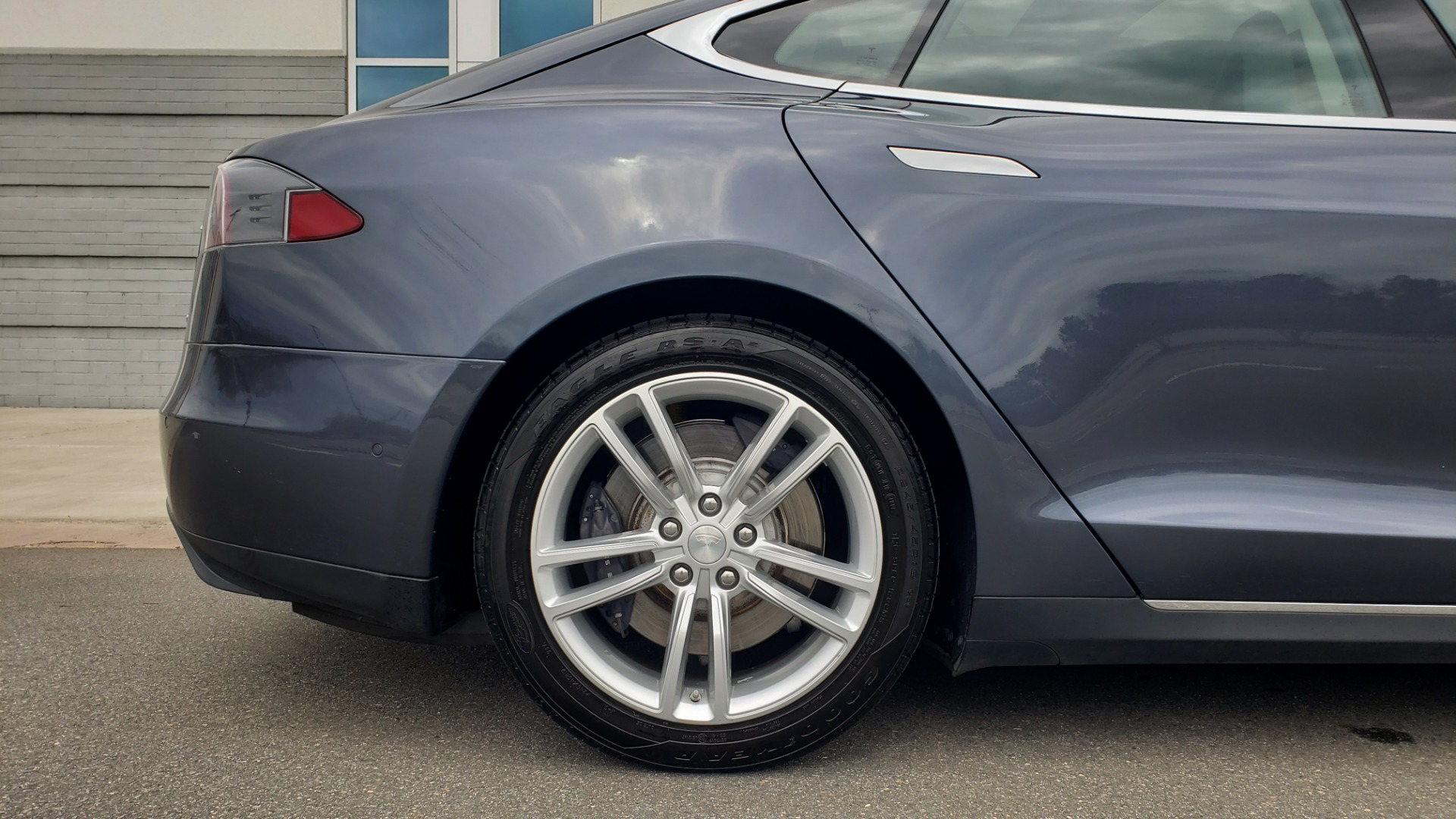 Used 2014 Tesla MODEL S 60 kWh BATTERY / TECH / NAV / SUBZERO / SUNROOF / REARVIEW for sale Sold at Formula Imports in Charlotte NC 28227 66