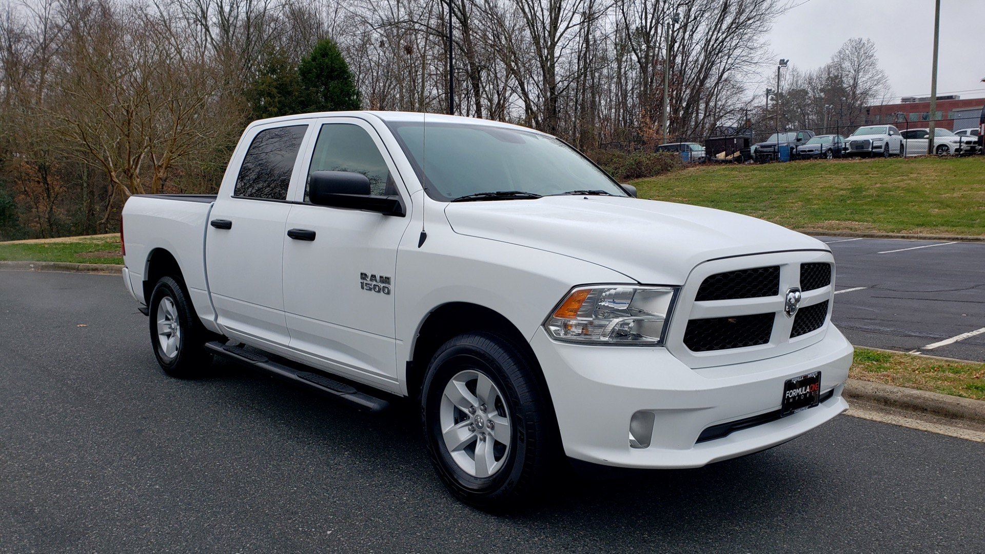 Used 2016 Ram 1500 EXPRESS / CREW CAB / 4X4 / BED LINER / 32-GALLON TANK for sale Sold at Formula Imports in Charlotte NC 28227 13