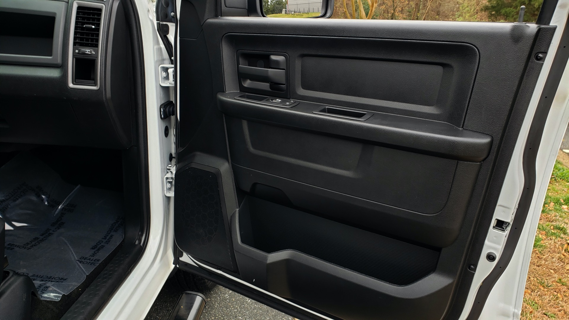 Used 2016 Ram 1500 EXPRESS / CREW CAB / 4X4 / BED LINER / 32-GALLON TANK for sale Sold at Formula Imports in Charlotte NC 28227 56