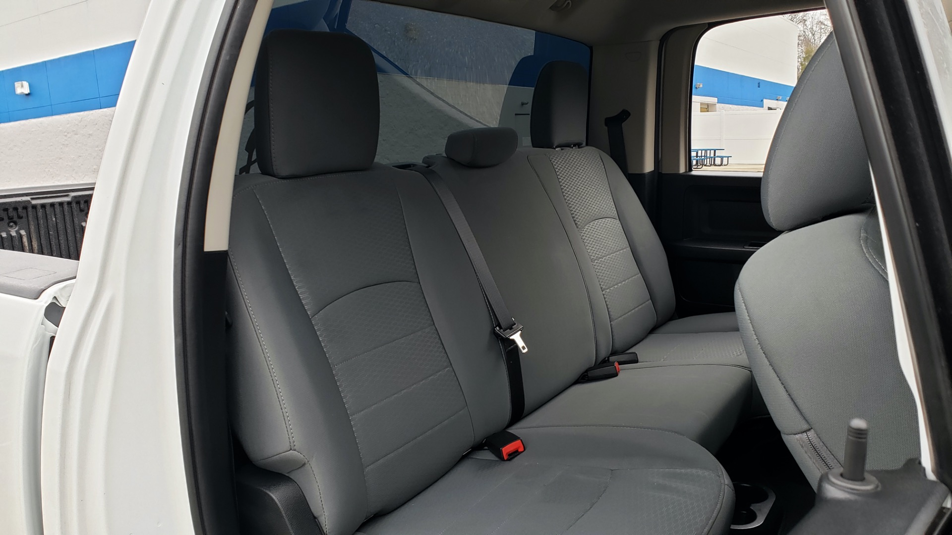 Used 2016 Ram 1500 EXPRESS / CREW CAB / 4X4 / BED LINER / 32-GALLON TANK for sale Sold at Formula Imports in Charlotte NC 28227 65