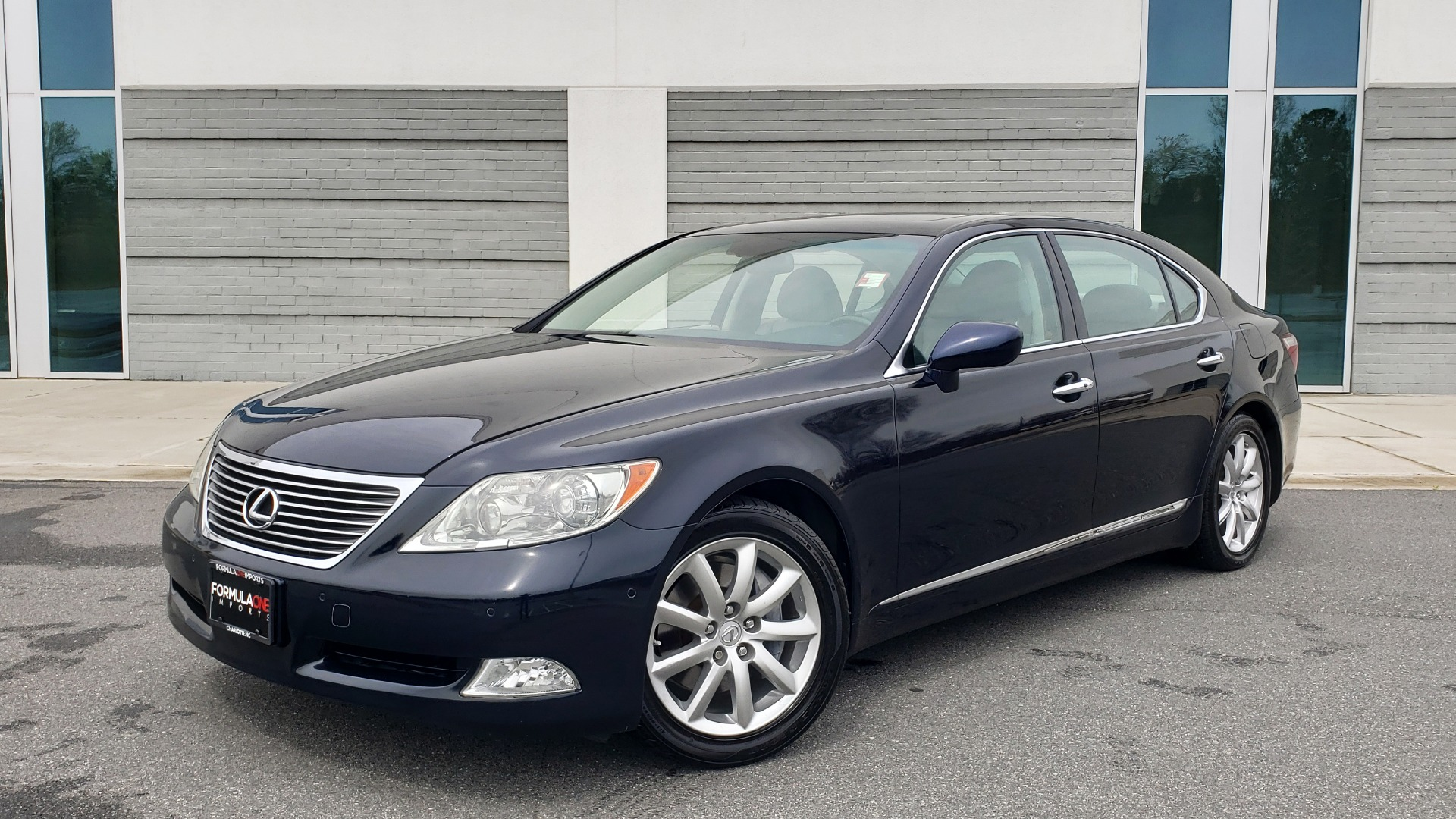 Used 2008 Lexus LS 460 LWB LUXURY SEDAN / MARK LEVINSON / INT PARK ASST / REARVIEW for sale Sold at Formula Imports in Charlotte NC 28227 1