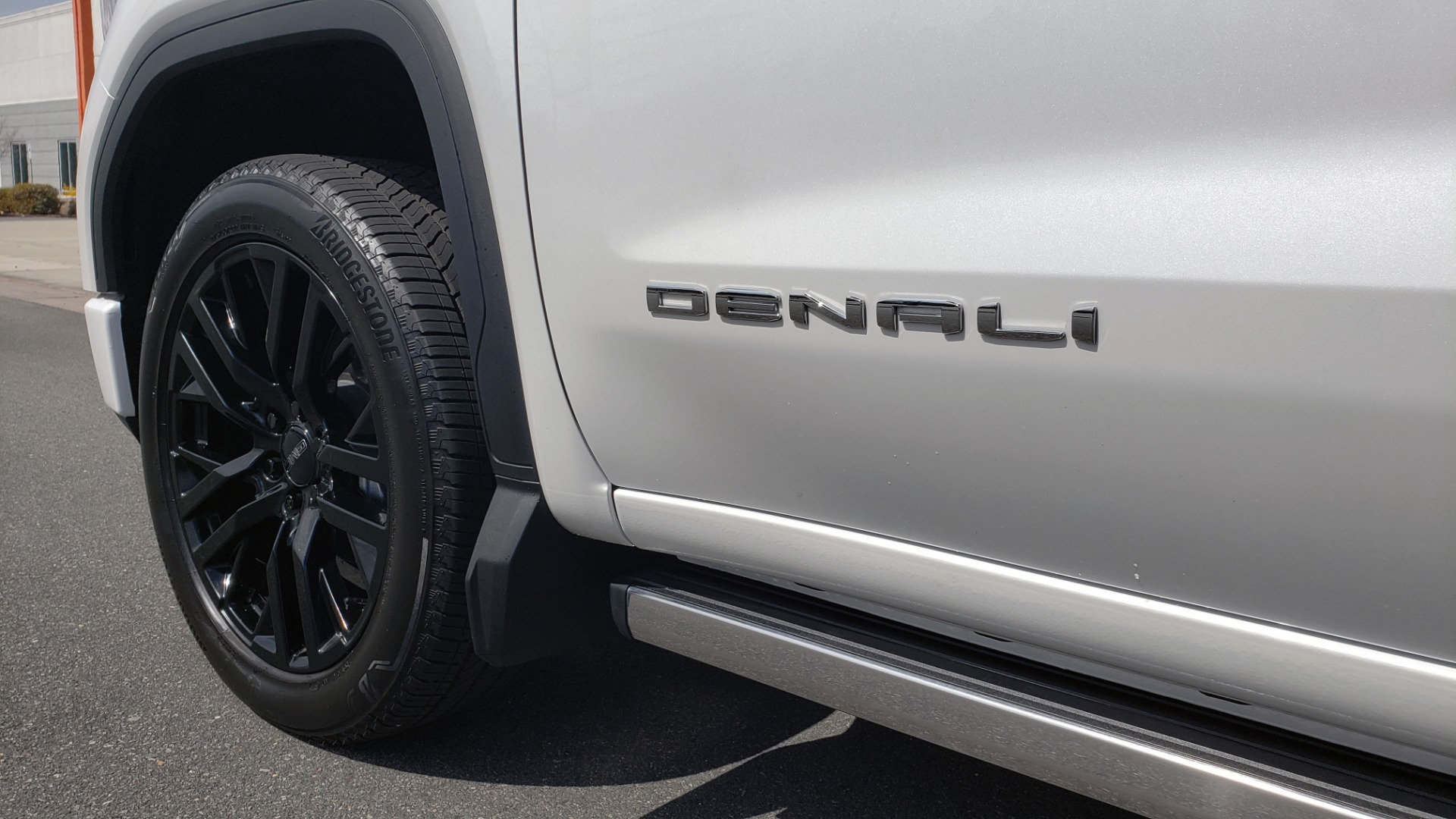 Used 2020 GMC SIERRA 1500 DENALI 4X4 CREWCAB 6.2L V8 / TECH / NAV / SUNROOF / DRVR ALERT II for sale Sold at Formula Imports in Charlotte NC 28227 10