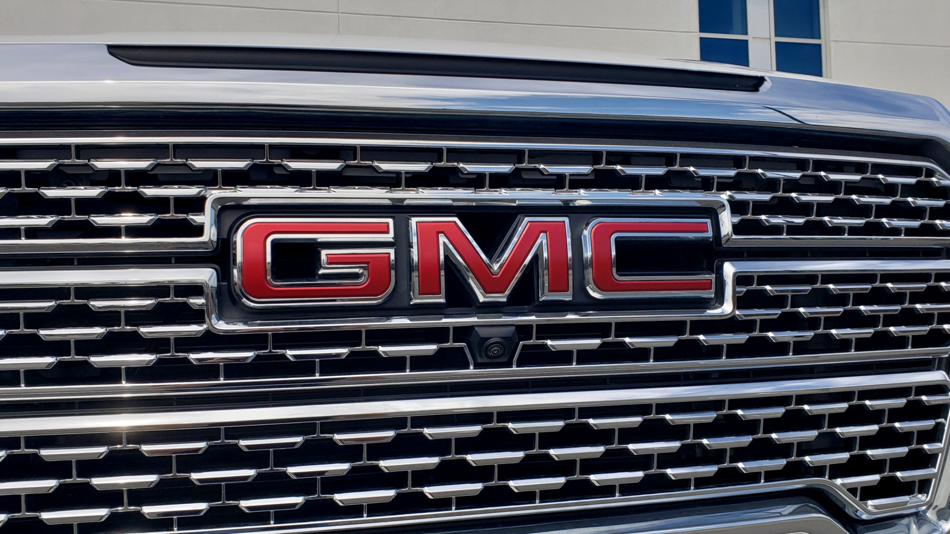 Used 2020 GMC SIERRA 1500 DENALI 4X4 CREWCAB 6.2L V8 / TECH / NAV / SUNROOF / DRVR ALERT II for sale Sold at Formula Imports in Charlotte NC 28227 23