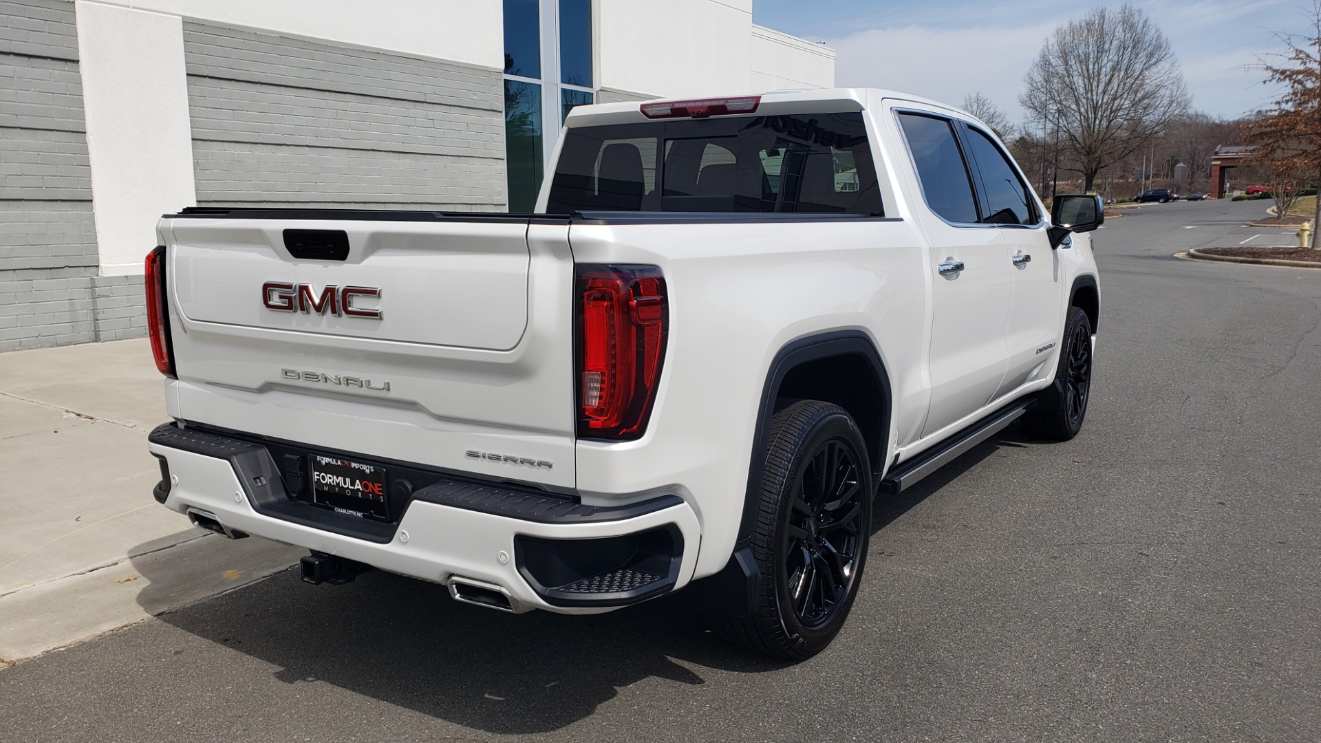 Used 2020 GMC SIERRA 1500 DENALI 4X4 CREWCAB 6.2L V8 / TECH / NAV / SUNROOF / DRVR ALERT II for sale Sold at Formula Imports in Charlotte NC 28227 8