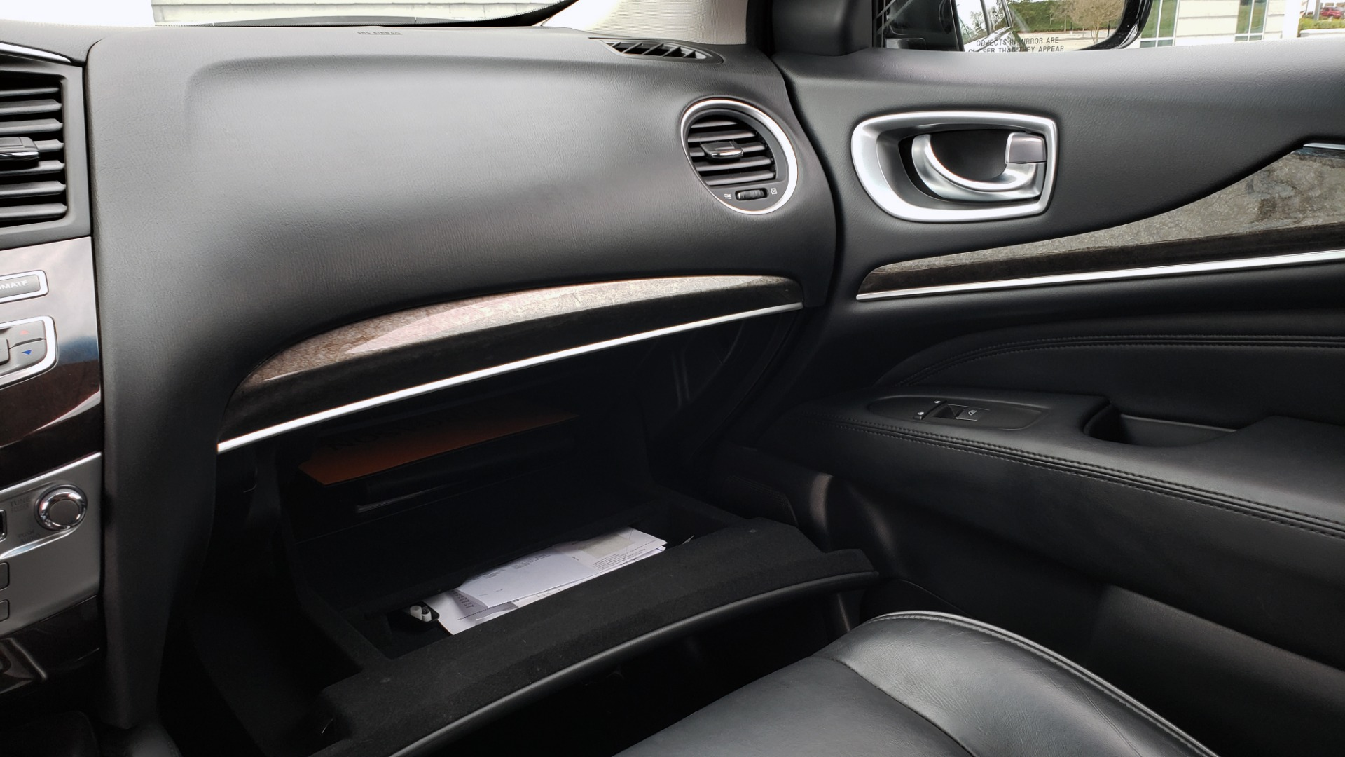 Used 2015 INFINITI QX60 3.5L SUV / CVT AUTO / 3-ROW / SUNROOF / REARVIEW for sale $23,995 at Formula Imports in Charlotte NC 28227 52