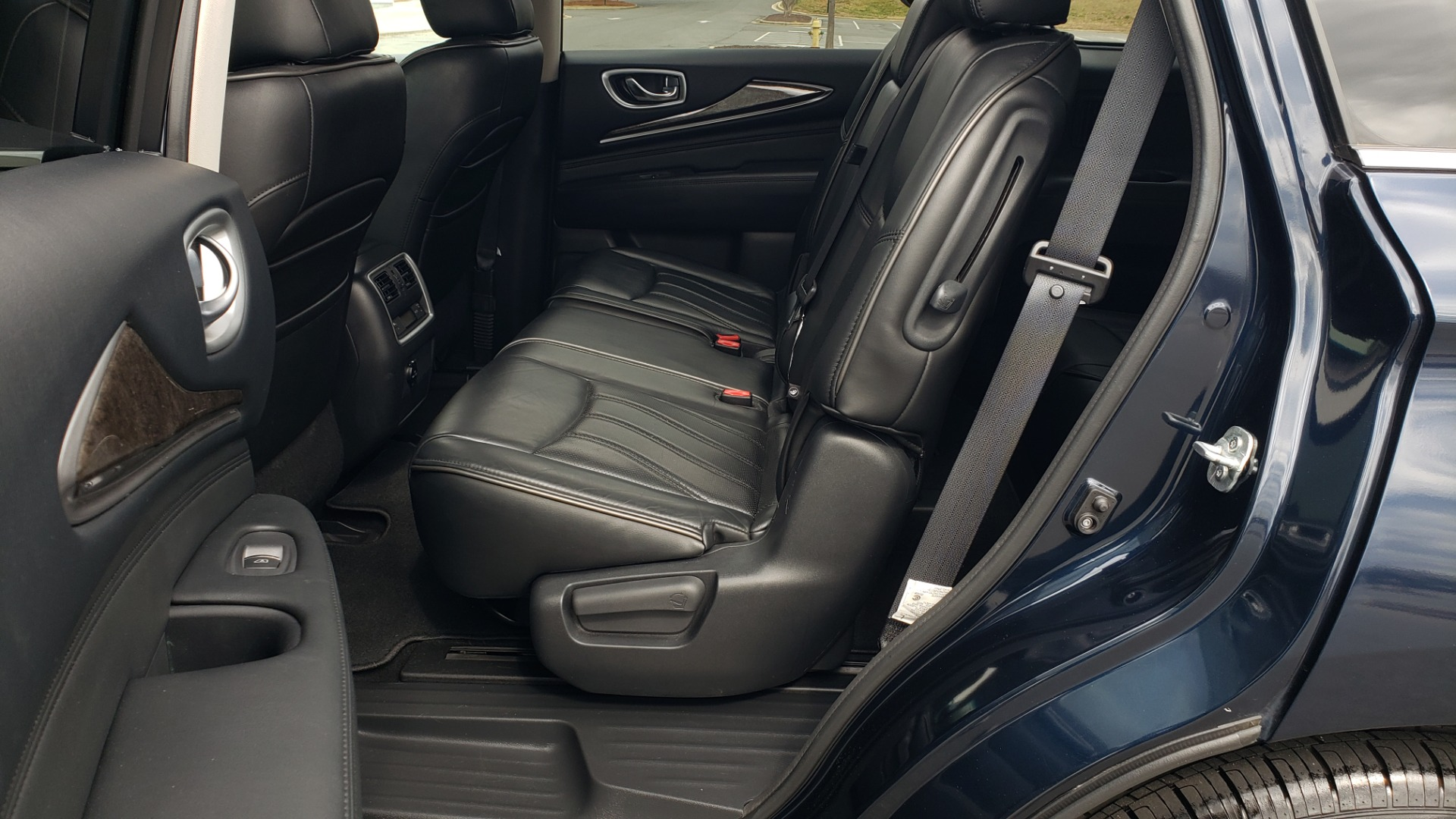Used 2015 INFINITI QX60 3.5L SUV / CVT AUTO / 3-ROW / SUNROOF / REARVIEW for sale $23,995 at Formula Imports in Charlotte NC 28227 62