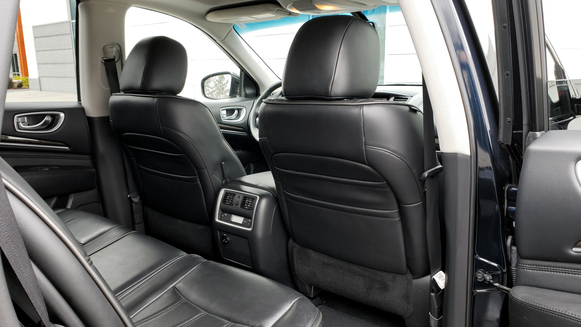 Used 2015 INFINITI QX60 3.5L SUV / CVT AUTO / 3-ROW / SUNROOF / REARVIEW for sale $23,995 at Formula Imports in Charlotte NC 28227 78