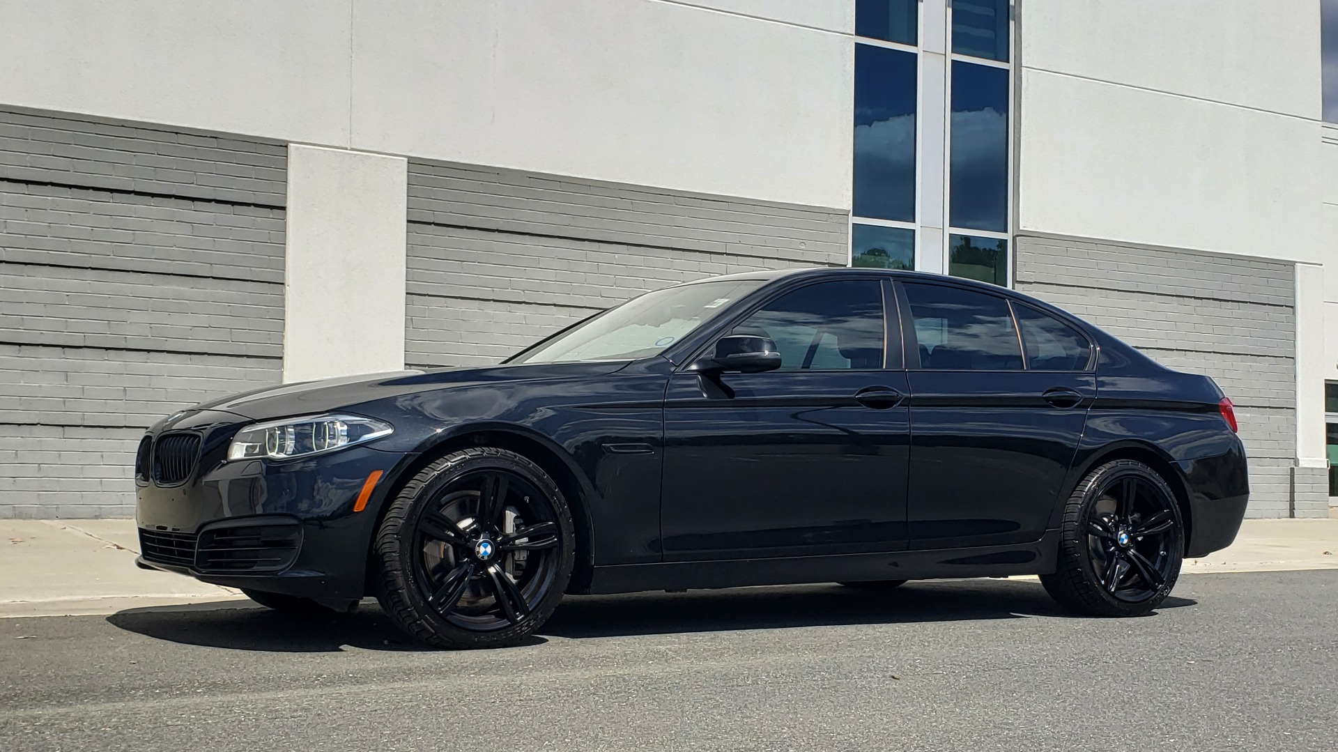 Used 2014 BMW 5 SERIES 535I PREMIUM / HUD / NAV / HTD STS / SUNROOF / REARVIEW for sale Sold at Formula Imports in Charlotte NC 28227 3