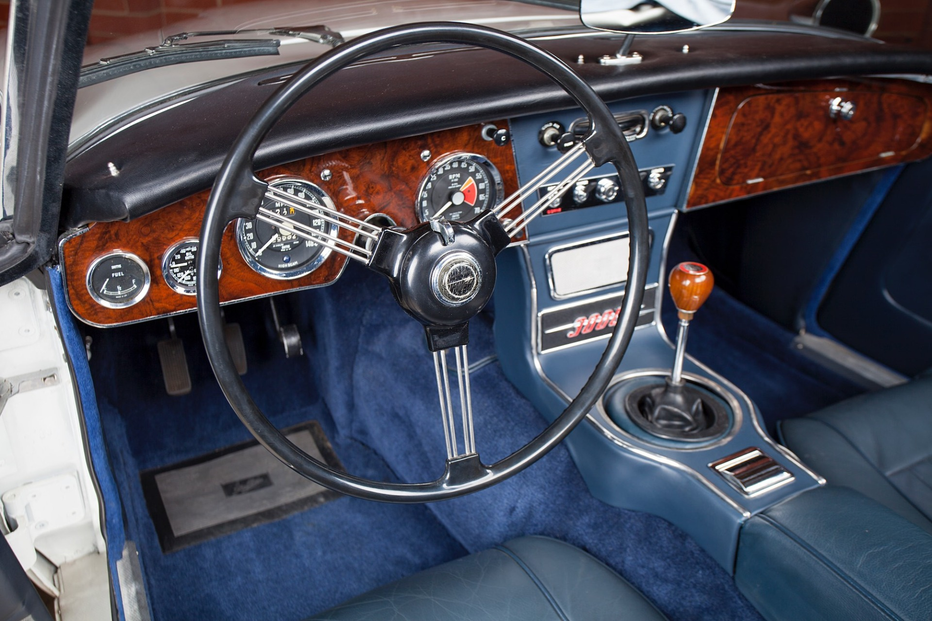 Used 1967 Austin Healey 3000 BJ8 Mk III CONVERTIBLE / 2.9L IN-LINE 6 / 4-SPEED MANUAL / FULLY RESTORED for sale Call for price at Formula Imports in Charlotte NC 28227 14