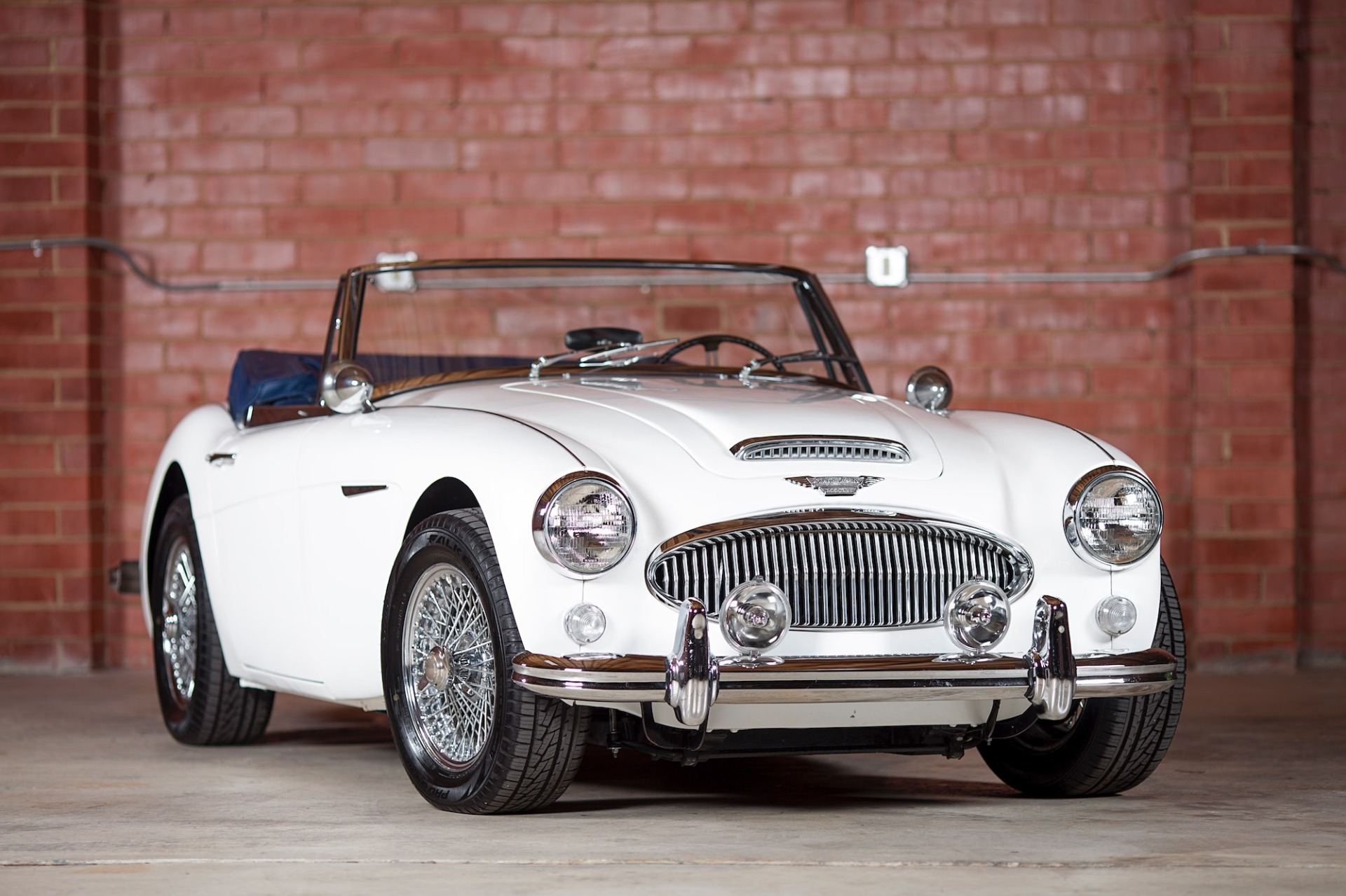 Used 1967 Austin Healey 3000 BJ8 Mk III CONVERTIBLE / 2.9L IN-LINE 6 / 4-SPEED MANUAL / FULLY RESTORED for sale Call for price at Formula Imports in Charlotte NC 28227 3