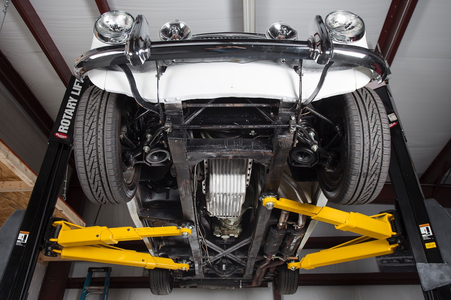 Used 1967 Austin Healey 3000 BJ8 Mk III CONVERTIBLE / 2.9L IN-LINE 6 / 4-SPEED MANUAL / FULLY RESTORED for sale Call for price at Formula Imports in Charlotte NC 28227 33