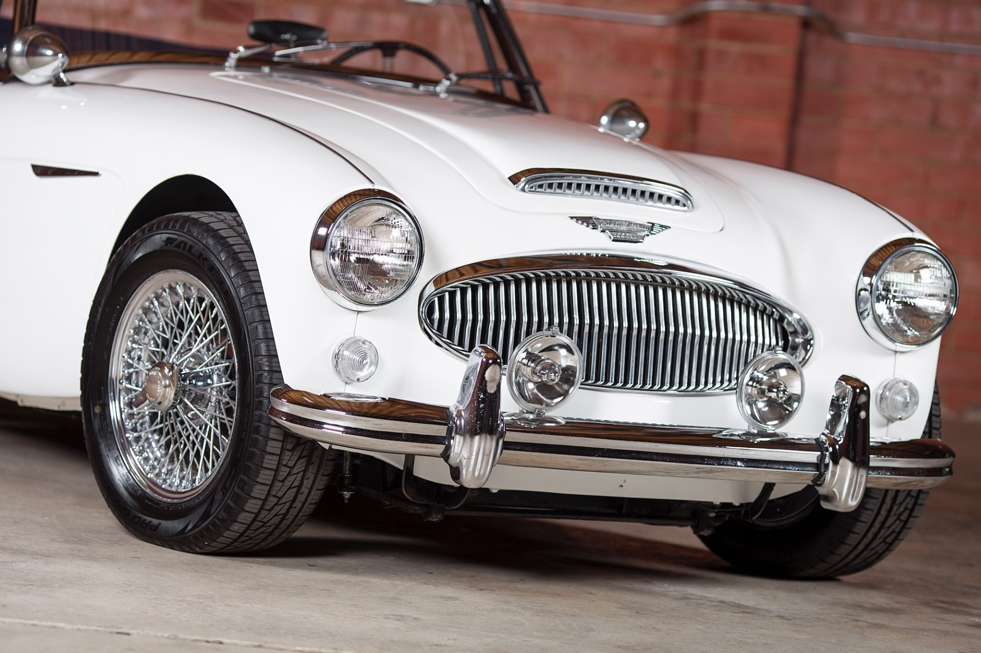 Used 1967 Austin Healey 3000 BJ8 Mk III CONVERTIBLE / 2.9L IN-LINE 6 / 4-SPEED MANUAL / FULLY RESTORED for sale Call for price at Formula Imports in Charlotte NC 28227 9