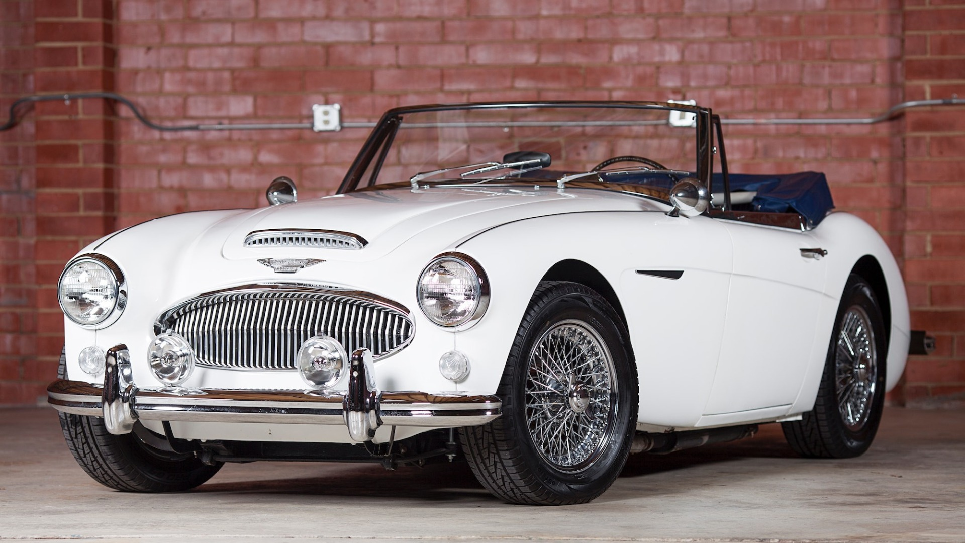 Used 1967 Austin Healey 3000 BJ8 Mk III CONVERTIBLE / 2.9L IN-LINE 6 / 4-SPEED MANUAL / FULLY RESTORED for sale Call for price at Formula Imports in Charlotte NC 28227 1