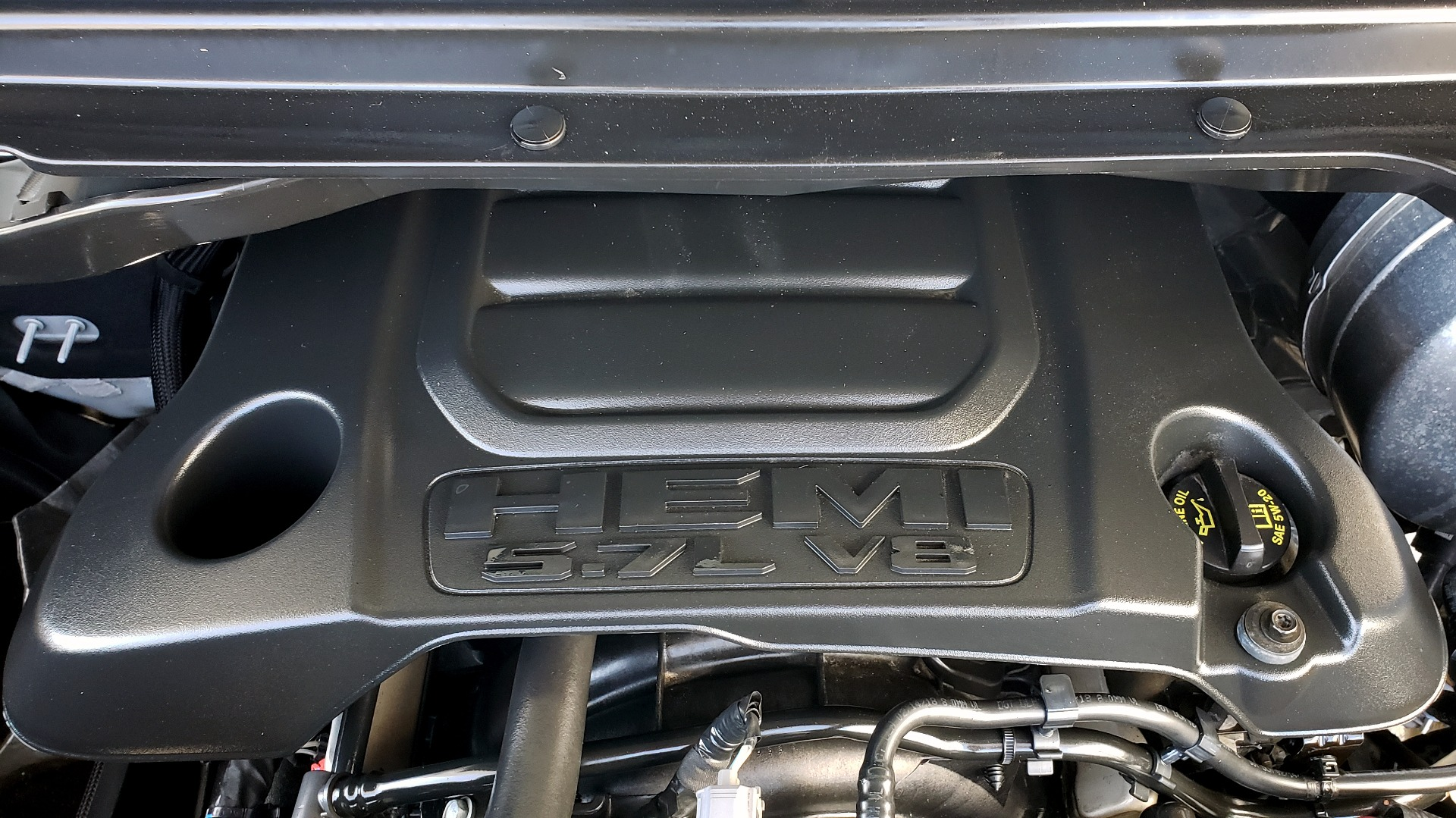 Used 2019 Ram 1500 REBEL CREWCAB 4X4 / 5.7L V8 HEMI / 8-SPD AUTO / REARVIEW for sale Sold at Formula Imports in Charlotte NC 28227 15