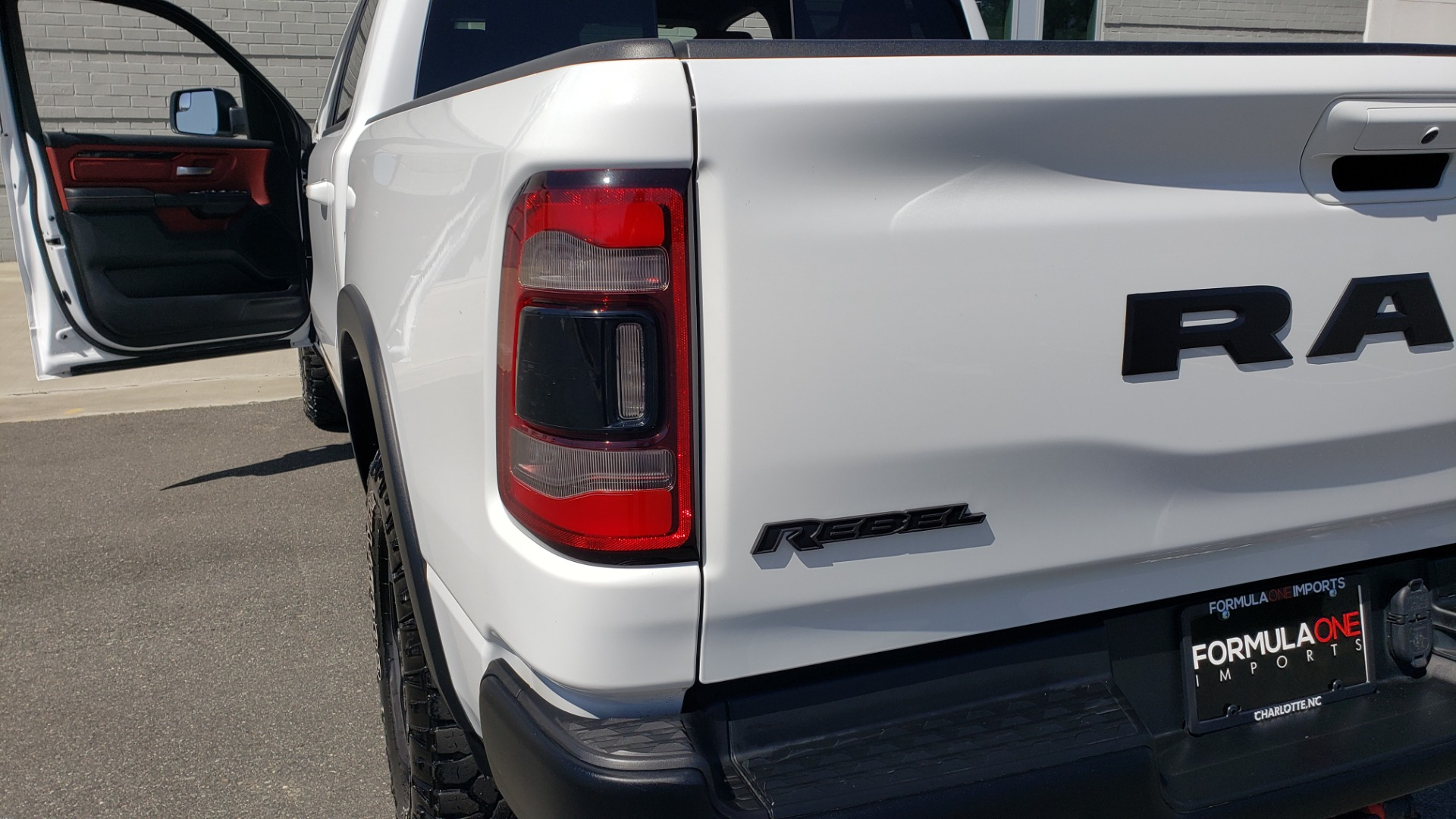 Used 2019 Ram 1500 REBEL CREWCAB 4X4 / 5.7L V8 HEMI / 8-SPD AUTO / REARVIEW for sale Sold at Formula Imports in Charlotte NC 28227 28