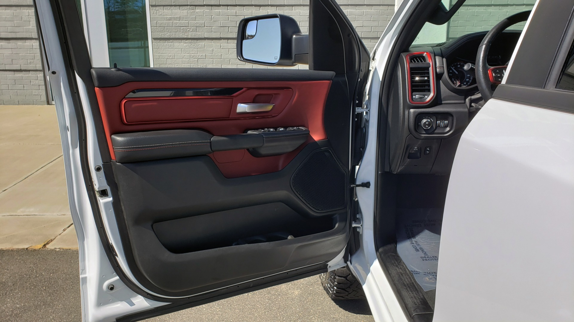 Used 2019 Ram 1500 REBEL CREWCAB 4X4 / 5.7L V8 HEMI / 8-SPD AUTO / REARVIEW for sale Sold at Formula Imports in Charlotte NC 28227 32