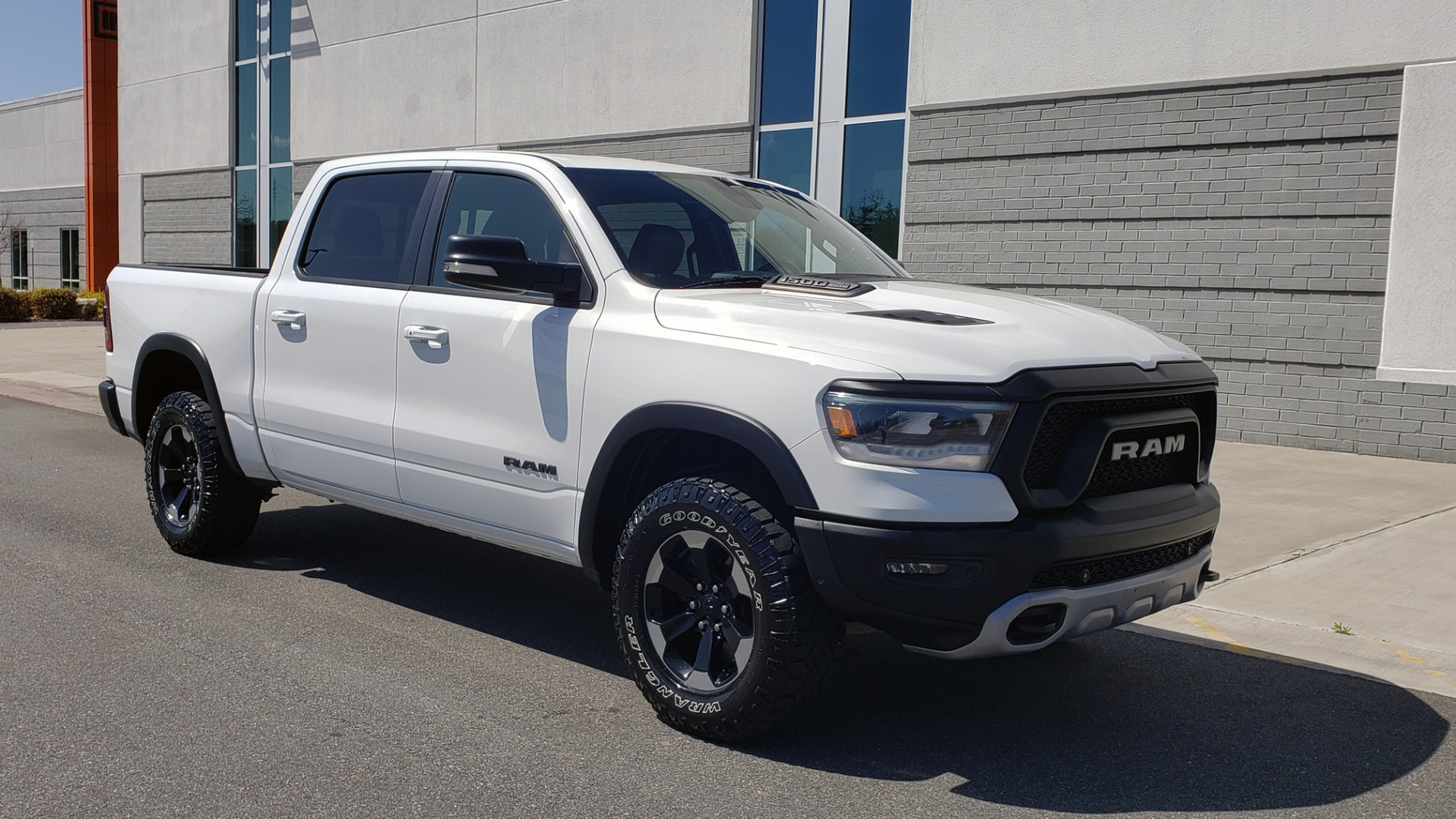 Used 2019 Ram 1500 REBEL CREWCAB 4X4 / 5.7L V8 HEMI / 8-SPD AUTO / REARVIEW for sale Sold at Formula Imports in Charlotte NC 28227 6