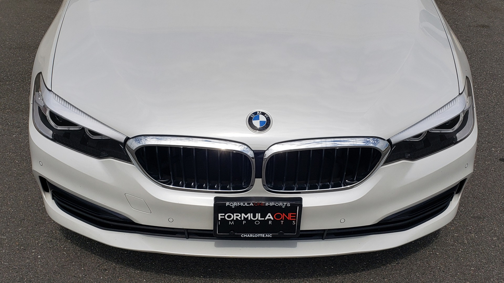 Used 2018 BMW 5 SERIES 530I XDRIVE PREMIUM / NAV / DRVR ASST / PARK ASST / H/K SND for sale $32,795 at Formula Imports in Charlotte NC 28227 23