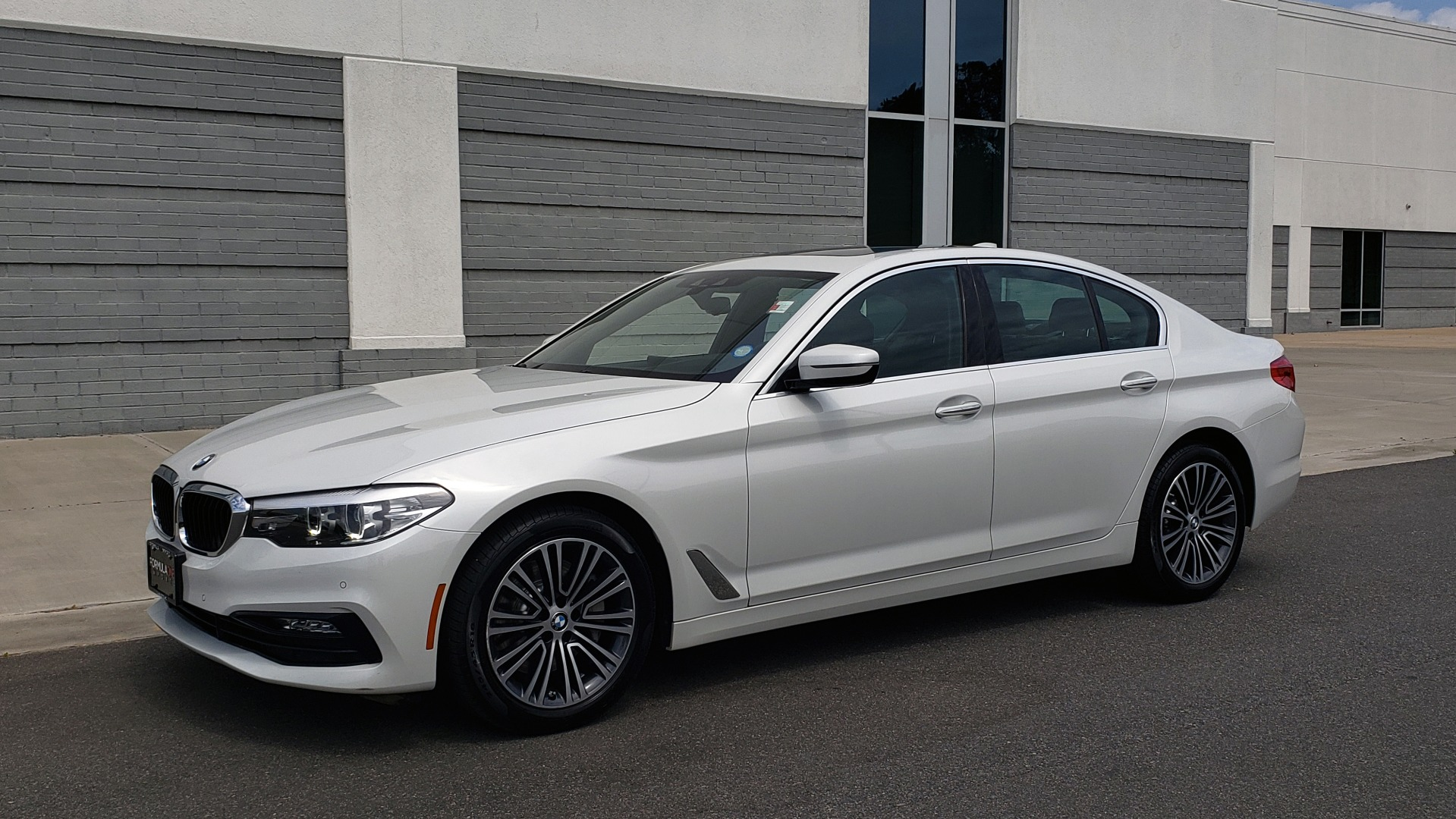 Used 2018 BMW 5 SERIES 530I XDRIVE PREMIUM / NAV / DRVR ASST / PARK ASST / H/K SND for sale $32,795 at Formula Imports in Charlotte NC 28227 3