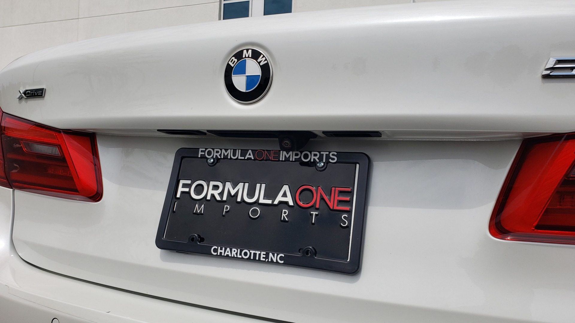 Used 2018 BMW 5 SERIES 530I XDRIVE PREMIUM / NAV / DRVR ASST / PARK ASST / H/K SND for sale $32,795 at Formula Imports in Charlotte NC 28227 30