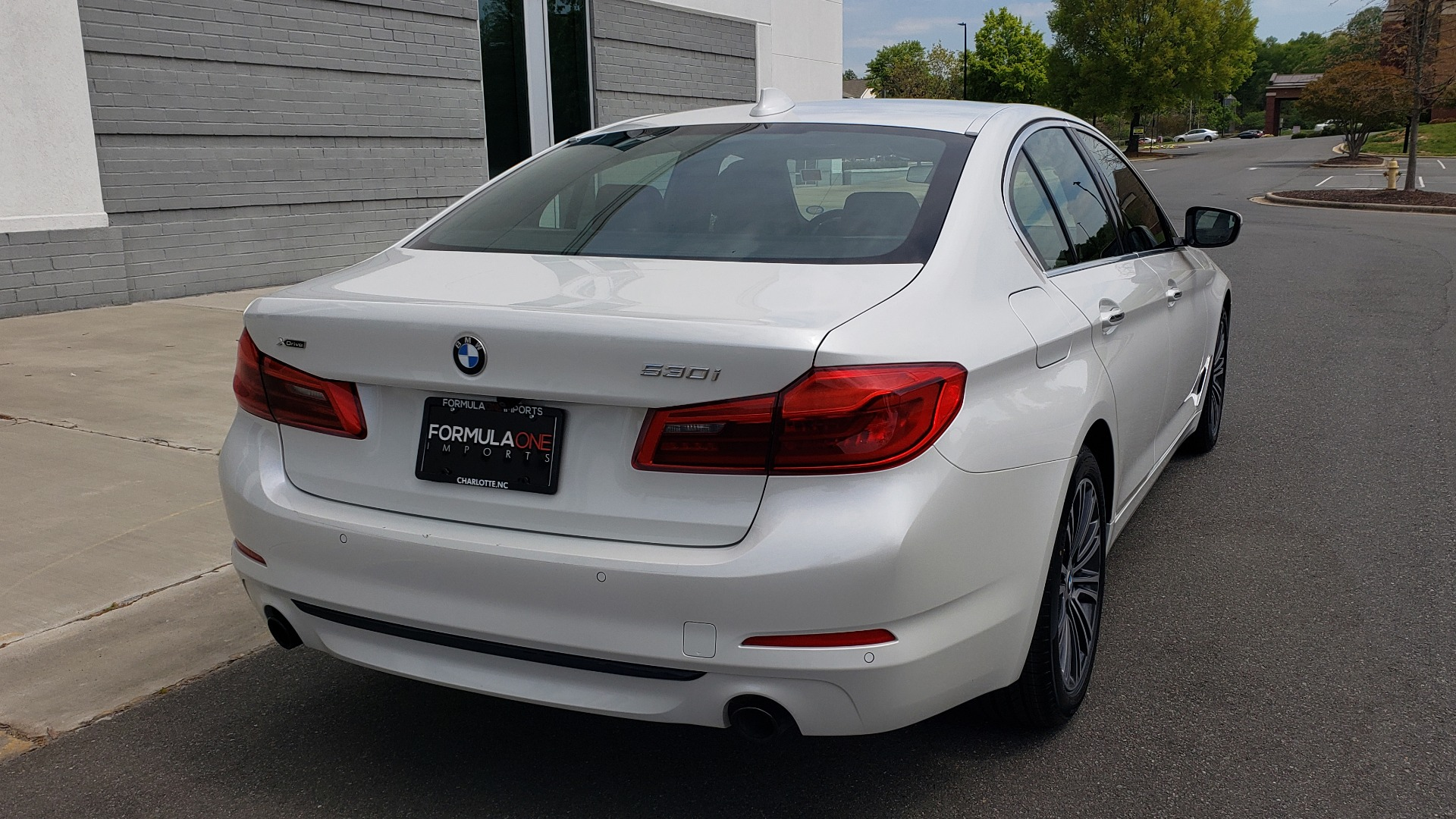 Used 2018 BMW 5 SERIES 530I XDRIVE PREMIUM / NAV / DRVR ASST / PARK ASST / H/K SND for sale $32,795 at Formula Imports in Charlotte NC 28227 6