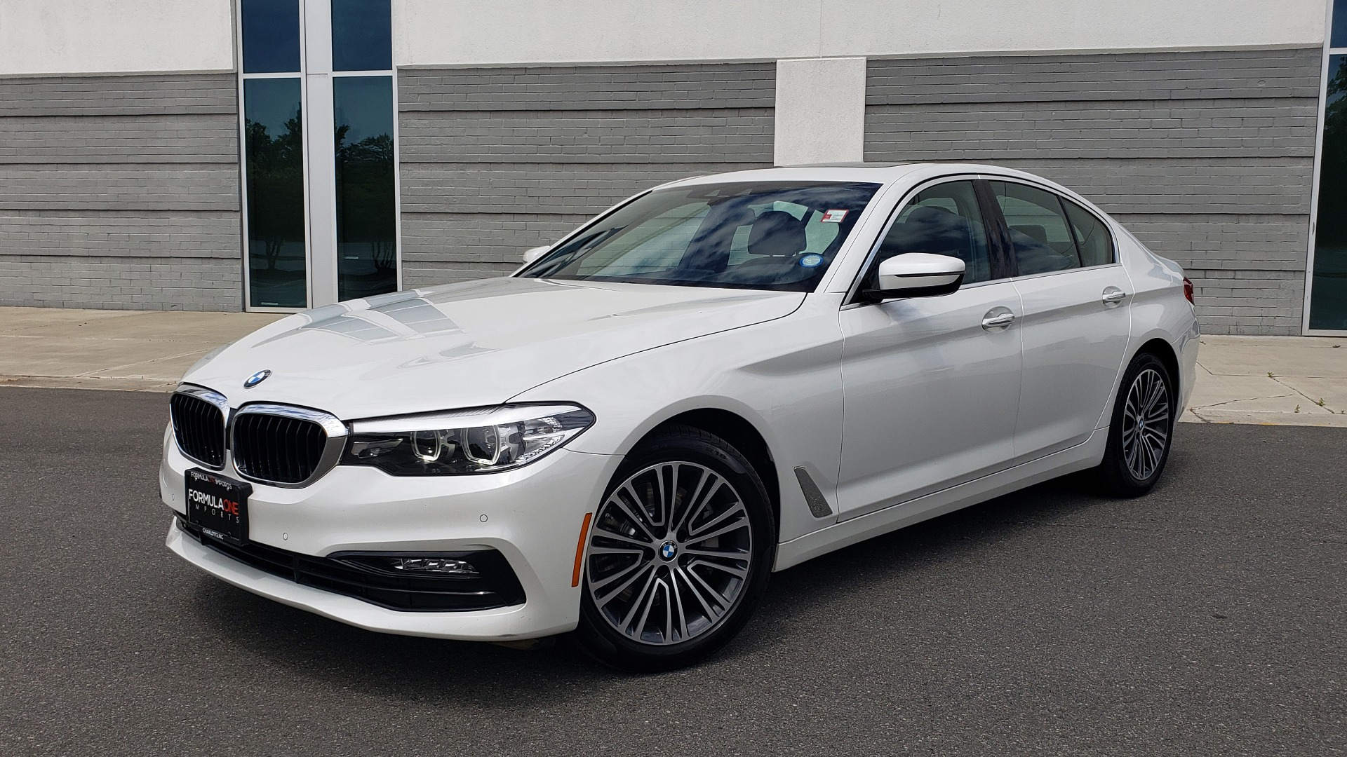 Used 2018 BMW 5 SERIES 530I XDRIVE PREMIUM / NAV / DRVR ASST / PARK ASST / H/K SND for sale $32,795 at Formula Imports in Charlotte NC 28227 1