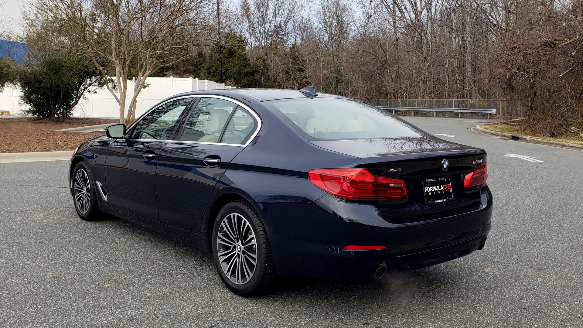 Used 2017 BMW 5 SERIES 530i XDRIVE / SPORTLINE / NAV / SNRF / HTD STS / REARVIEW for sale Sold at Formula Imports in Charlotte NC 28227 3