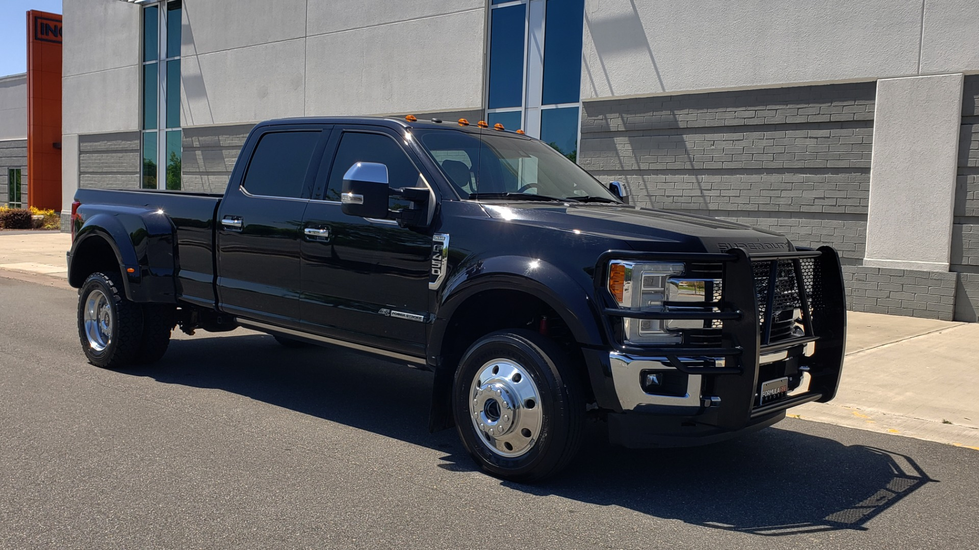 Used 2017 Ford SUPER DUTY F-450 DRW KING RANCH 4X4 / 176IN WB / 6.7L POWER-STROKE / LOADED for sale Sold at Formula Imports in Charlotte NC 28227 13