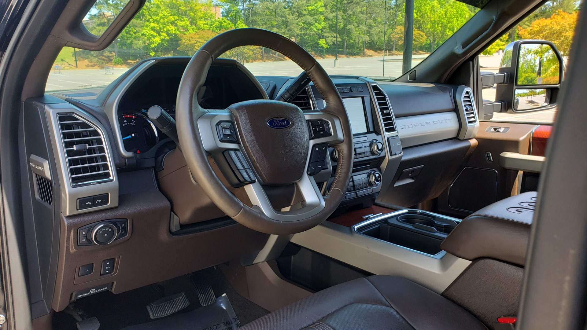 Used 2017 Ford SUPER DUTY F-450 DRW KING RANCH 4X4 / 176IN WB / 6.7L POWER-STROKE / LOADED for sale Sold at Formula Imports in Charlotte NC 28227 41