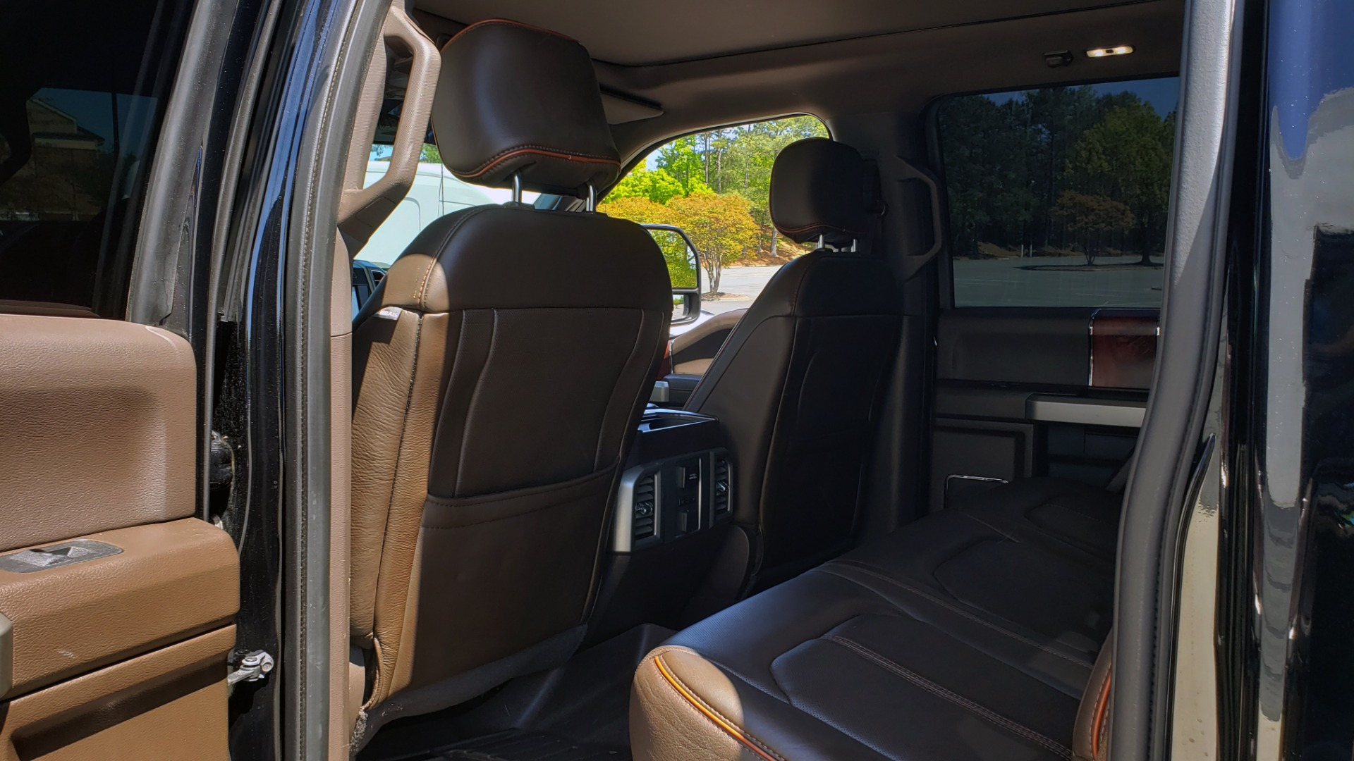 Used 2017 Ford SUPER DUTY F-450 DRW KING RANCH 4X4 / 176IN WB / 6.7L POWER-STROKE / LOADED for sale Sold at Formula Imports in Charlotte NC 28227 67