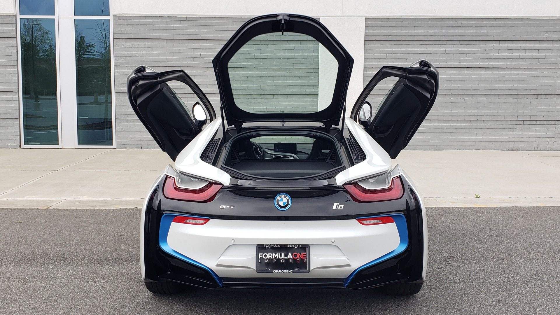 Used 2016 BMW i8 COUPE / GIGA WORLD / NAV / HUD / 20IN WHEELS / REARVIEW for sale Sold at Formula Imports in Charlotte NC 28227 31