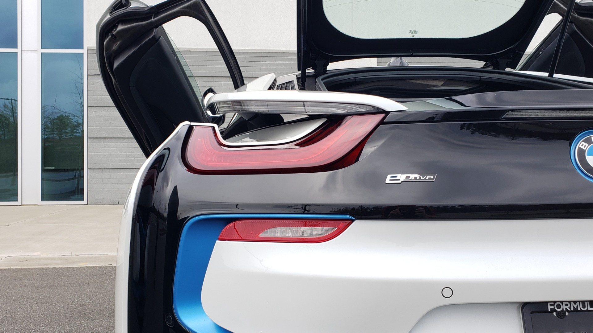 Used 2016 BMW i8 COUPE / GIGA WORLD / NAV / HUD / 20IN WHEELS / REARVIEW for sale Sold at Formula Imports in Charlotte NC 28227 32