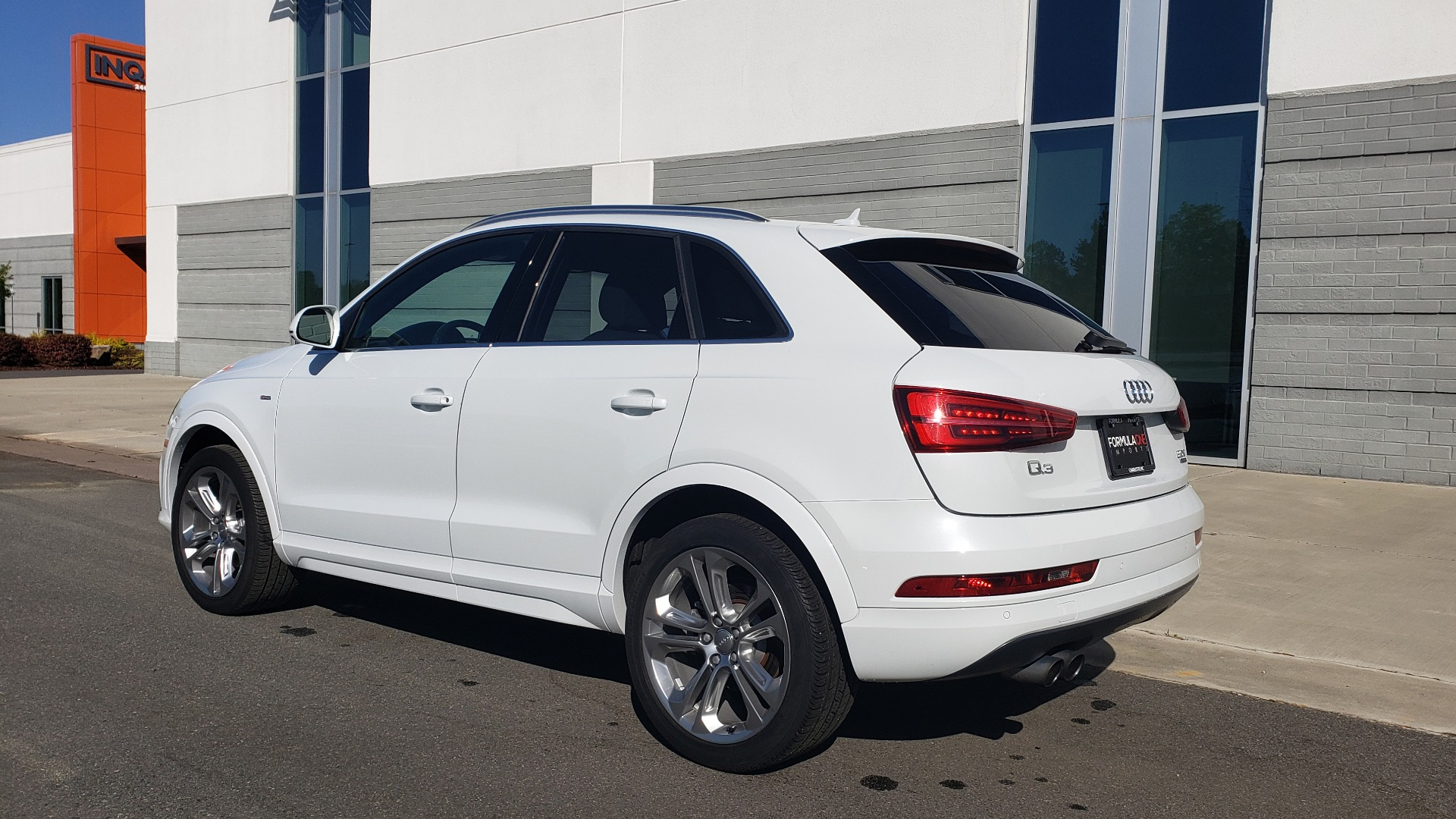 Used 2018 Audi Q3 PREMIUM PLUS 2.0T / SPORT PKG / NAV / BOSE / SUNROOF / REARVIEW for sale Sold at Formula Imports in Charlotte NC 28227 3