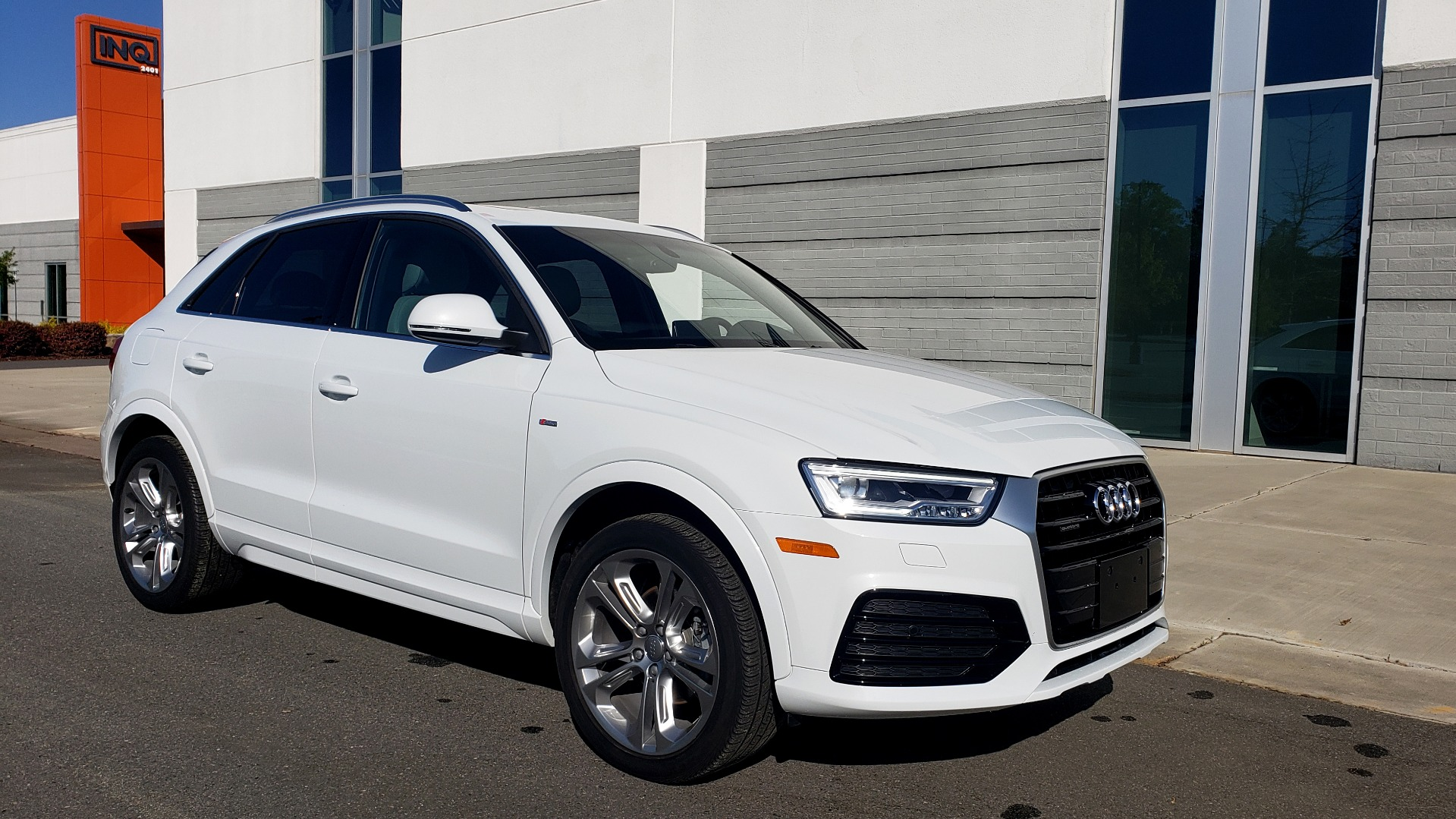 Used 2018 Audi Q3 PREMIUM PLUS 2.0T / SPORT PKG / NAV / BOSE / SUNROOF / REARVIEW for sale Sold at Formula Imports in Charlotte NC 28227 4