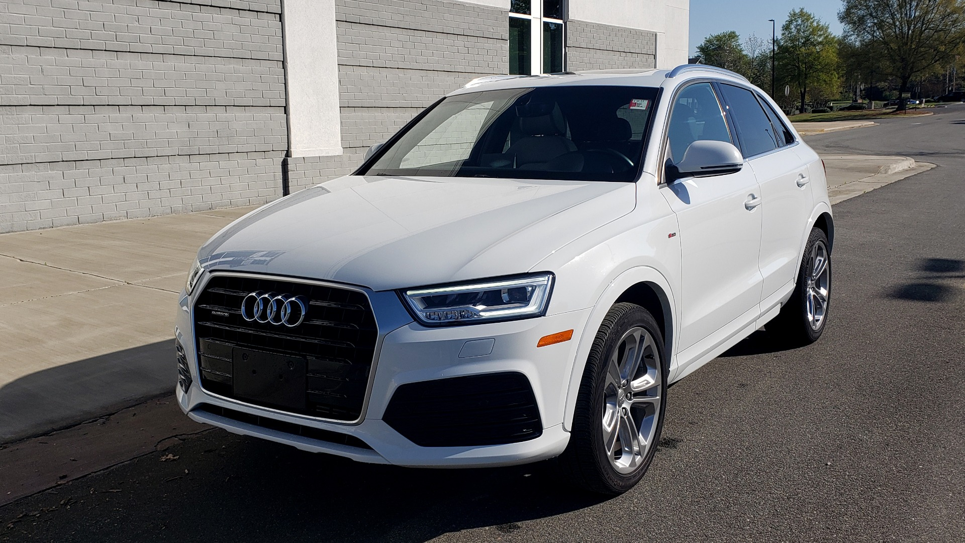 Used 2018 Audi Q3 PREMIUM PLUS 2.0T / SPORT PKG / NAV / BOSE / SUNROOF / REARVIEW for sale Sold at Formula Imports in Charlotte NC 28227 1