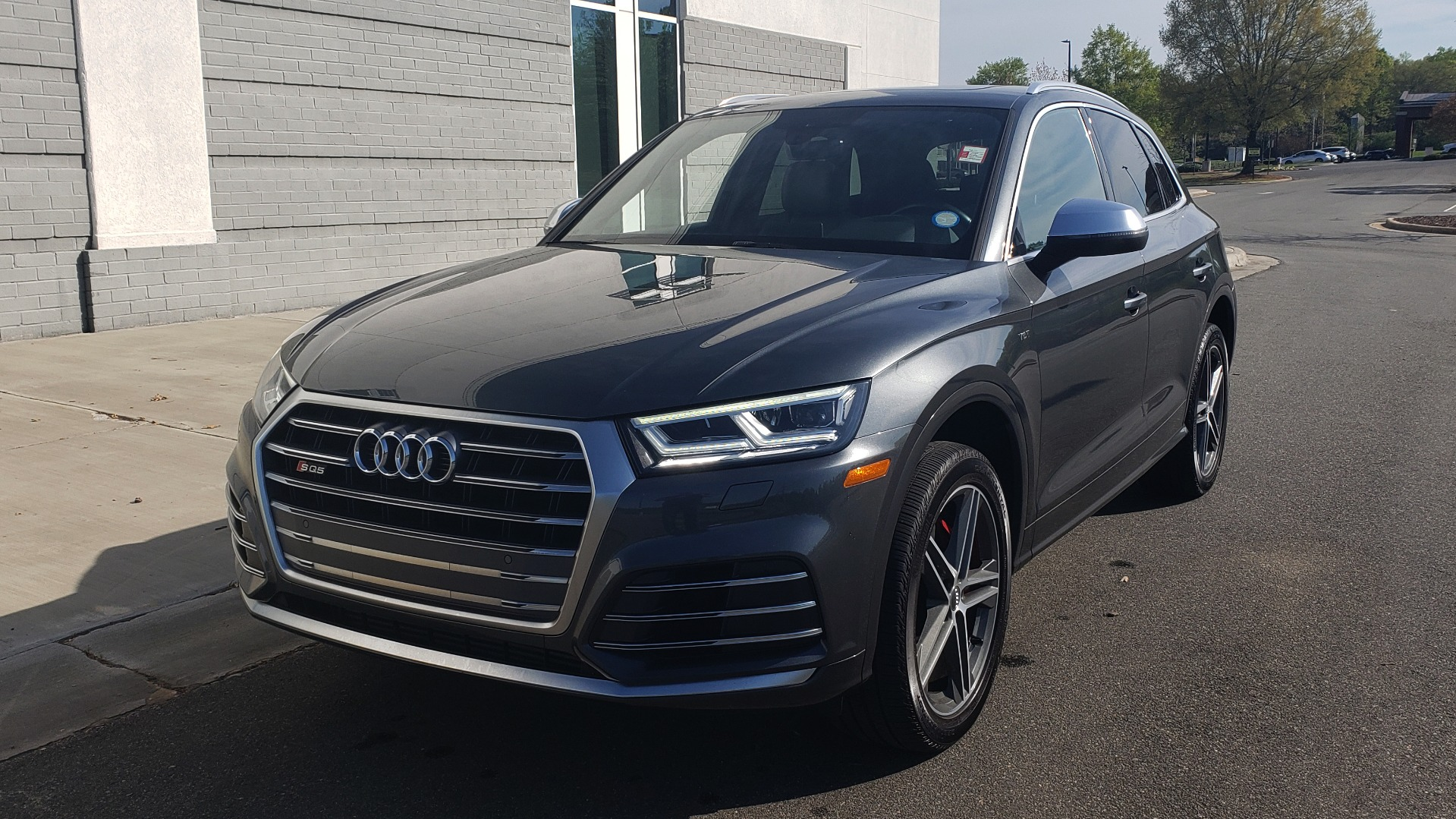 Used 2018 Audi SQ5 PREMIUM PLUS SPORT / NAV / B&O SND / SUNROOF / REARVIEW for sale Sold at Formula Imports in Charlotte NC 28227 3