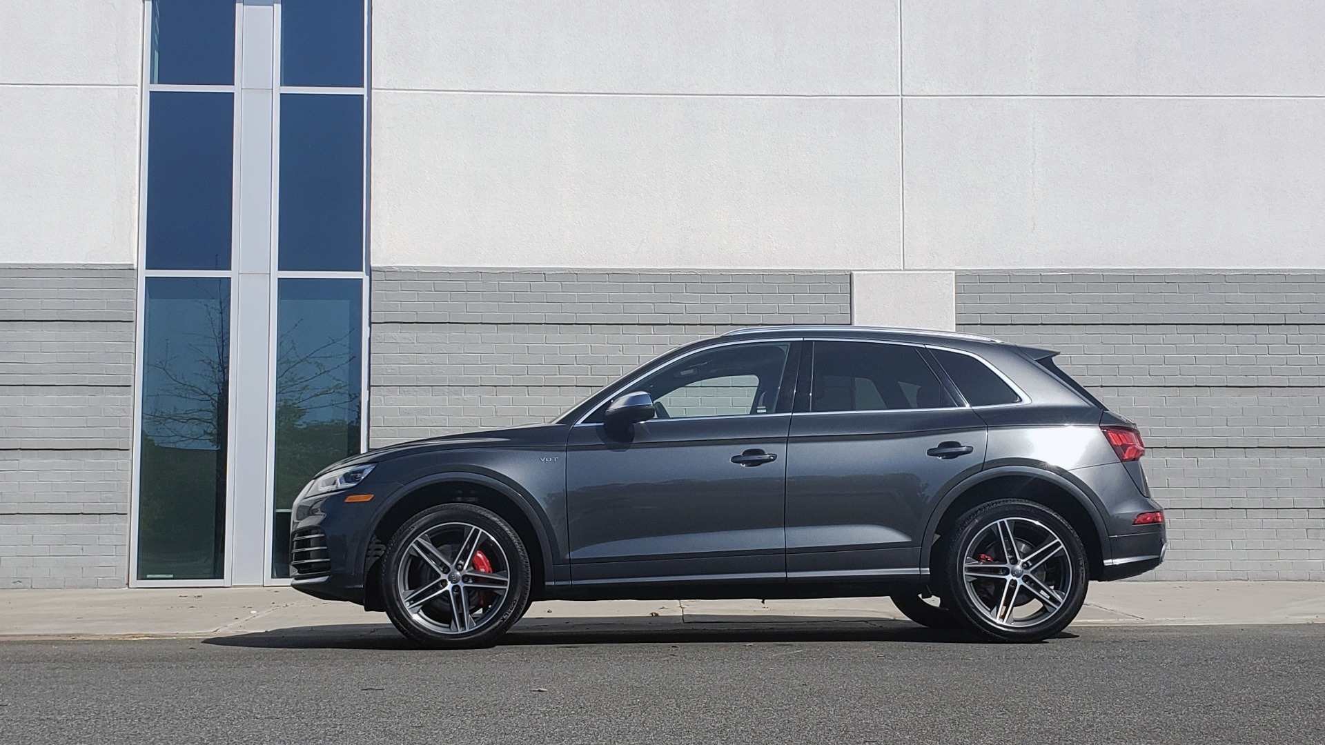 Used 2018 Audi SQ5 PREMIUM PLUS SPORT / NAV / B&O SND / SUNROOF / REARVIEW for sale Sold at Formula Imports in Charlotte NC 28227 4
