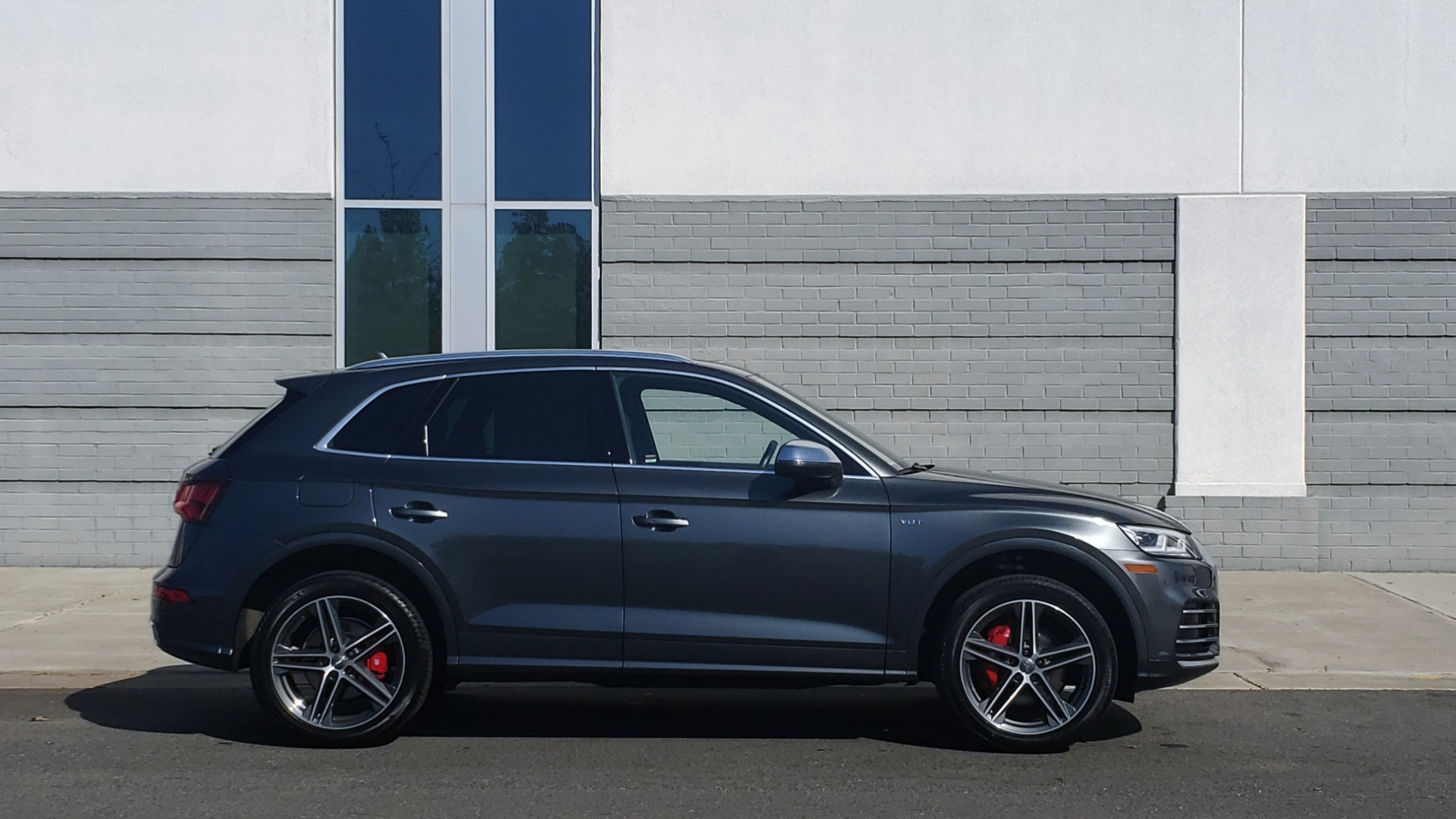 Used 2018 Audi SQ5 PREMIUM PLUS SPORT / NAV / B&O SND / SUNROOF / REARVIEW for sale Sold at Formula Imports in Charlotte NC 28227 6