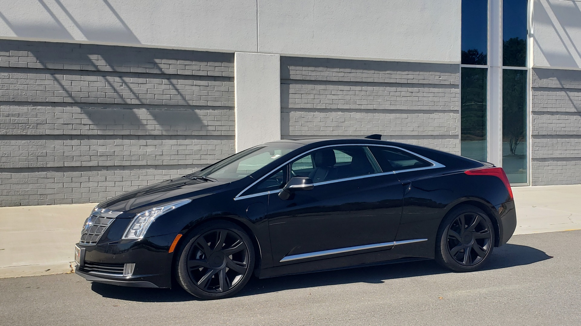 Used 2014 Cadillac ELR 2DR COUPE / HYBRID / NAV / BOSE / HEATED SEATS / REARVIEW for sale $19,995 at Formula Imports in Charlotte NC 28227 2