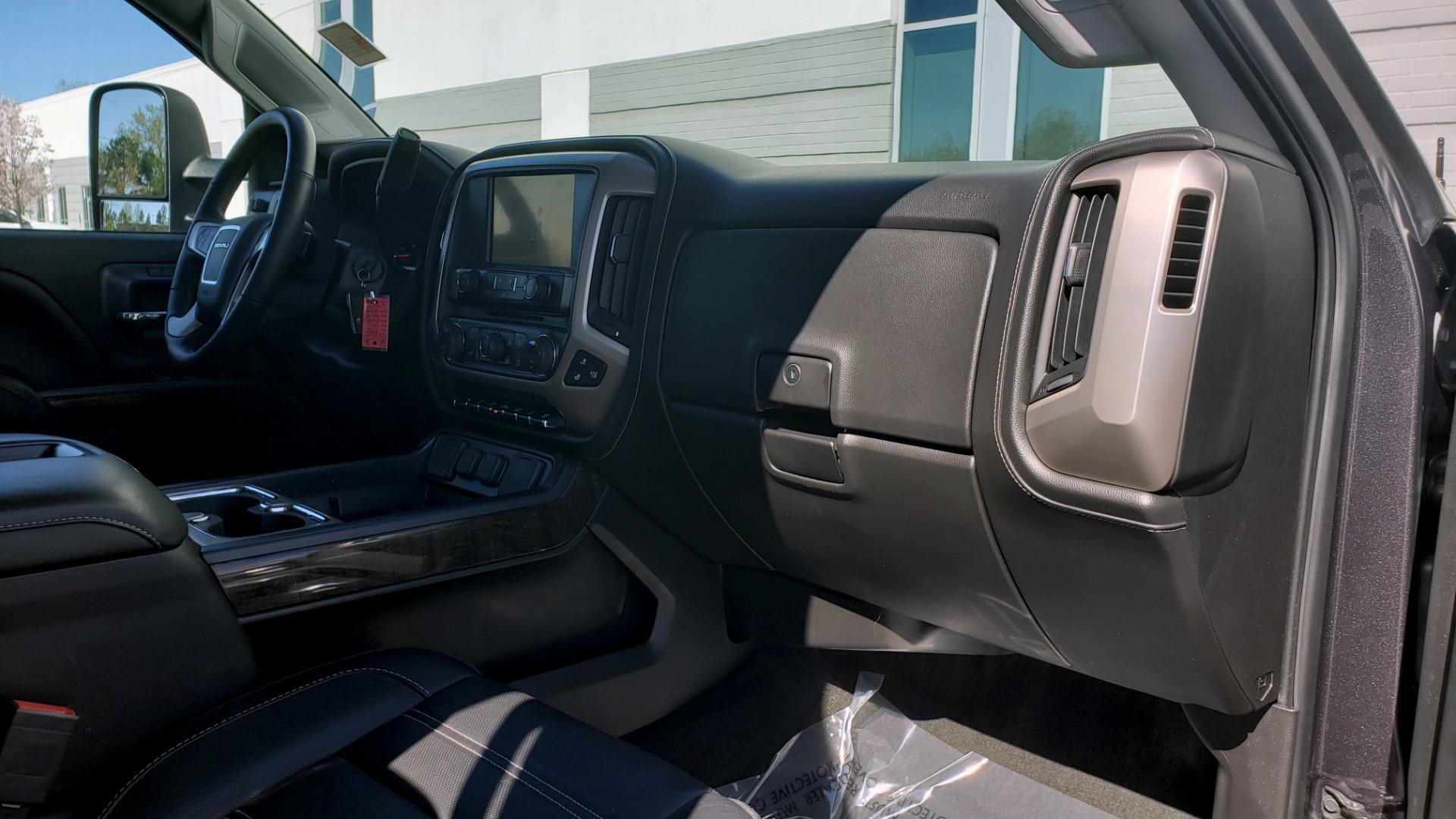 Used 2015 GMC SIERRA 2500HD DENALI 4WD CREWCAB / 6.6L DURAMAX / 6-SPD AUTO / NAV / BOSE for sale $50,995 at Formula Imports in Charlotte NC 28227 78