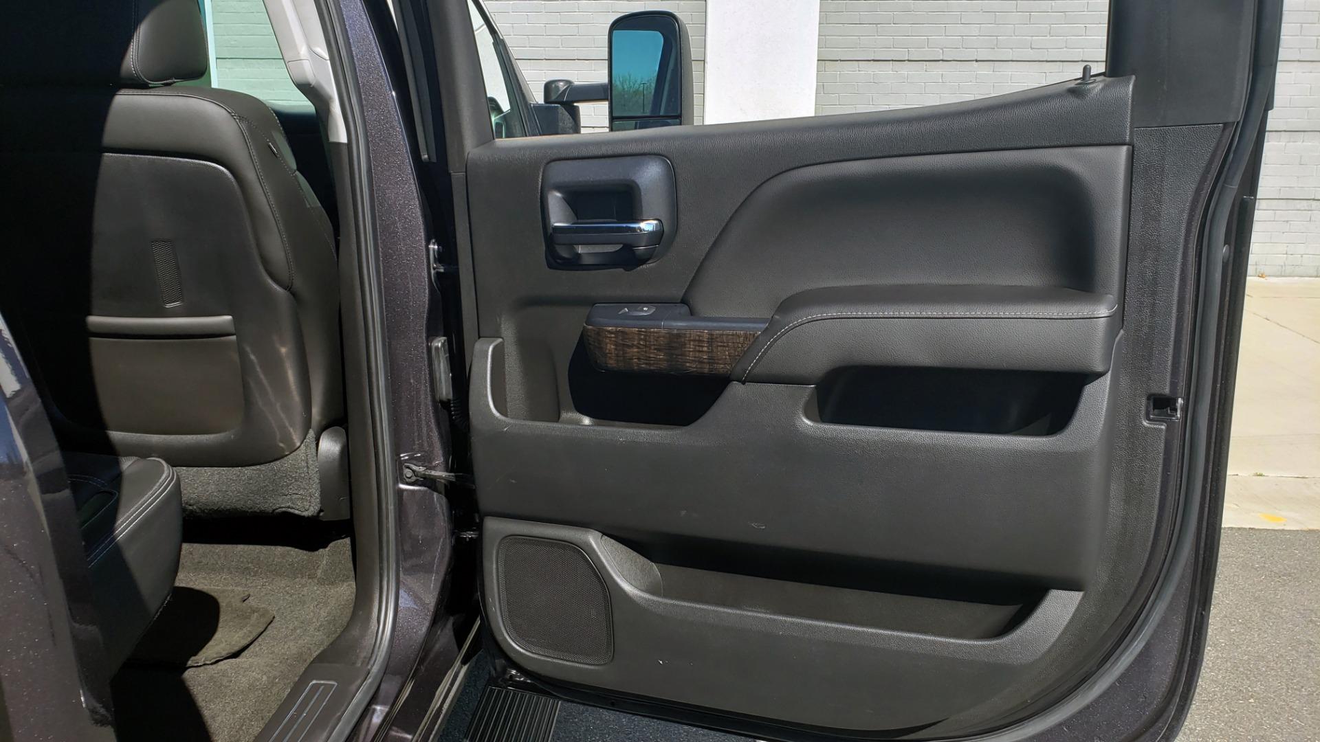 Used 2015 GMC SIERRA 2500HD DENALI 4WD CREWCAB / 6.6L DURAMAX / 6-SPD AUTO / NAV / BOSE for sale $50,995 at Formula Imports in Charlotte NC 28227 79
