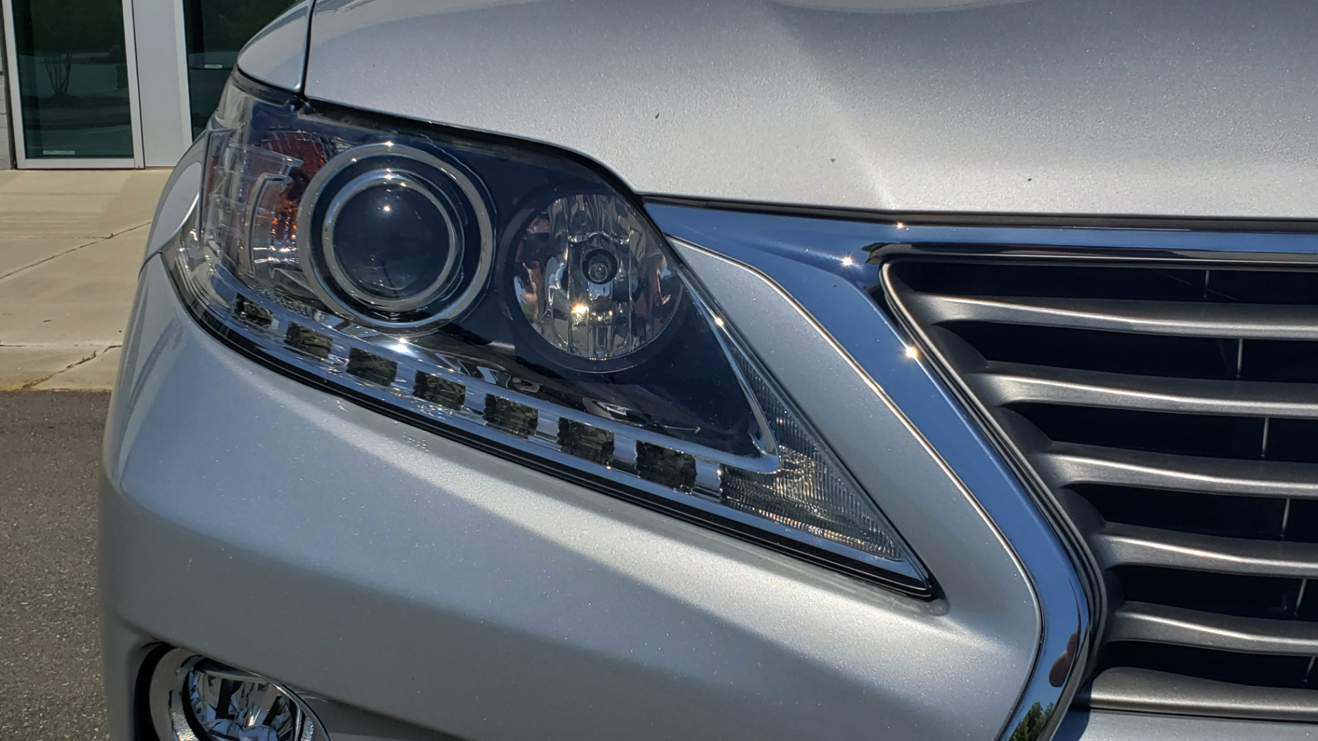 Used 2015 Lexus RX 450H AWD / PREM PKG / NAV / PARK ASST / HUD / BLIND SPOT MONITOR for sale Sold at Formula Imports in Charlotte NC 28227 23