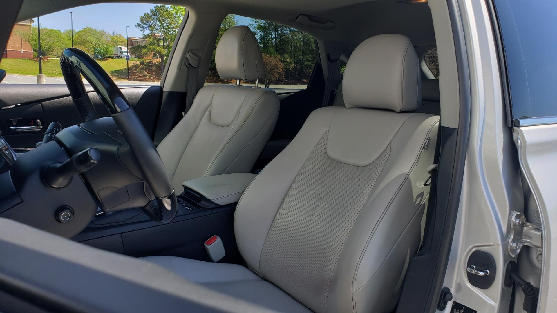Used 2015 Lexus RX 450H AWD / PREM PKG / NAV / PARK ASST / HUD / BLIND SPOT MONITOR for sale Sold at Formula Imports in Charlotte NC 28227 36