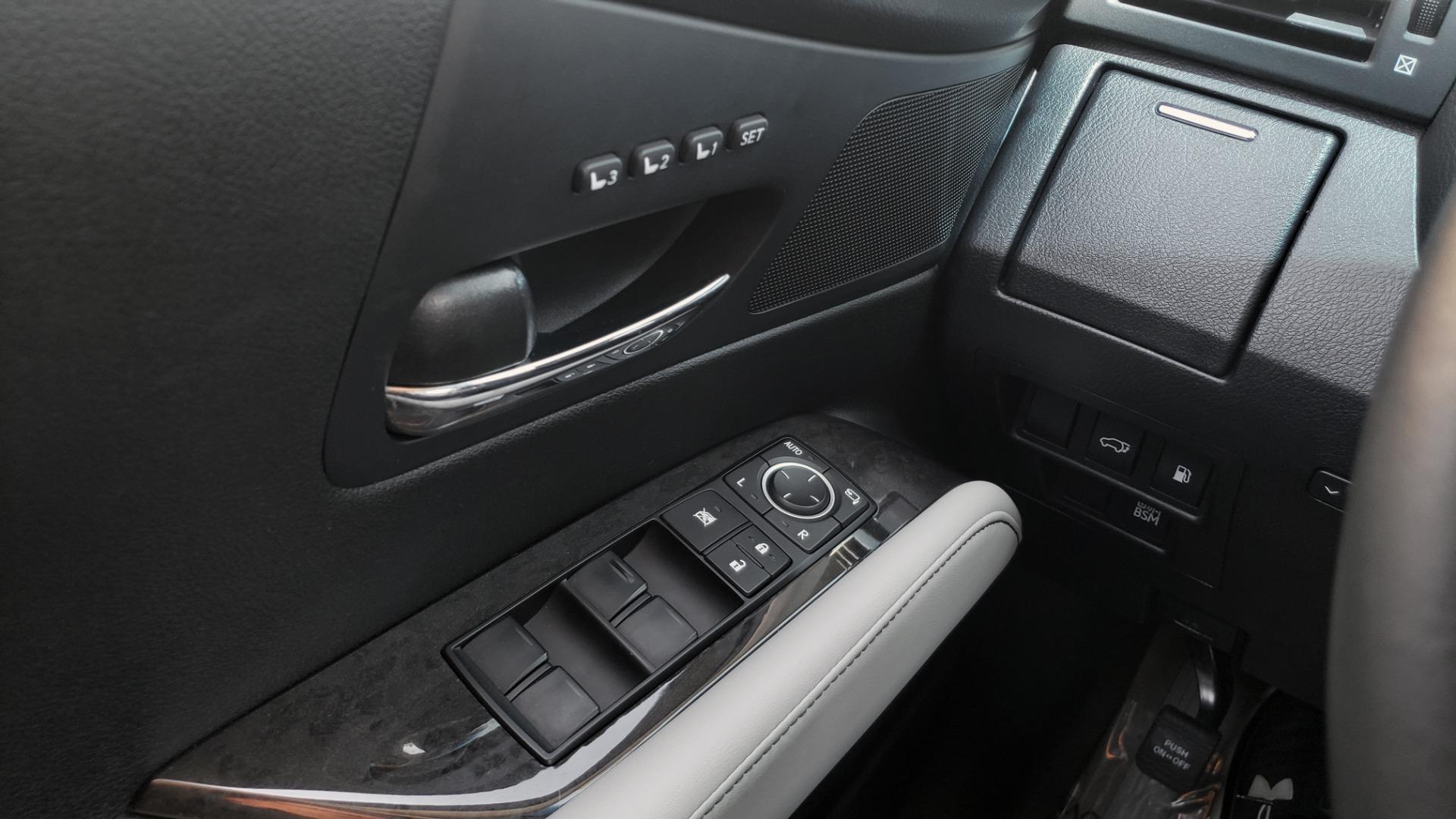 Used 2015 Lexus RX 450H AWD / PREM PKG / NAV / PARK ASST / HUD / BLIND SPOT MONITOR for sale Sold at Formula Imports in Charlotte NC 28227 39