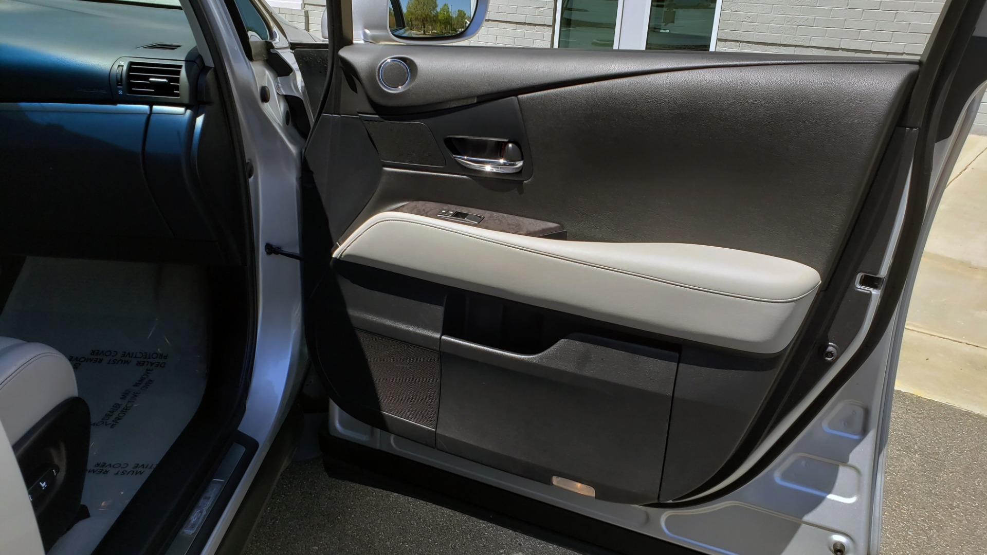 Used 2015 Lexus RX 450H AWD / PREM PKG / NAV / PARK ASST / HUD / BLIND SPOT MONITOR for sale Sold at Formula Imports in Charlotte NC 28227 68