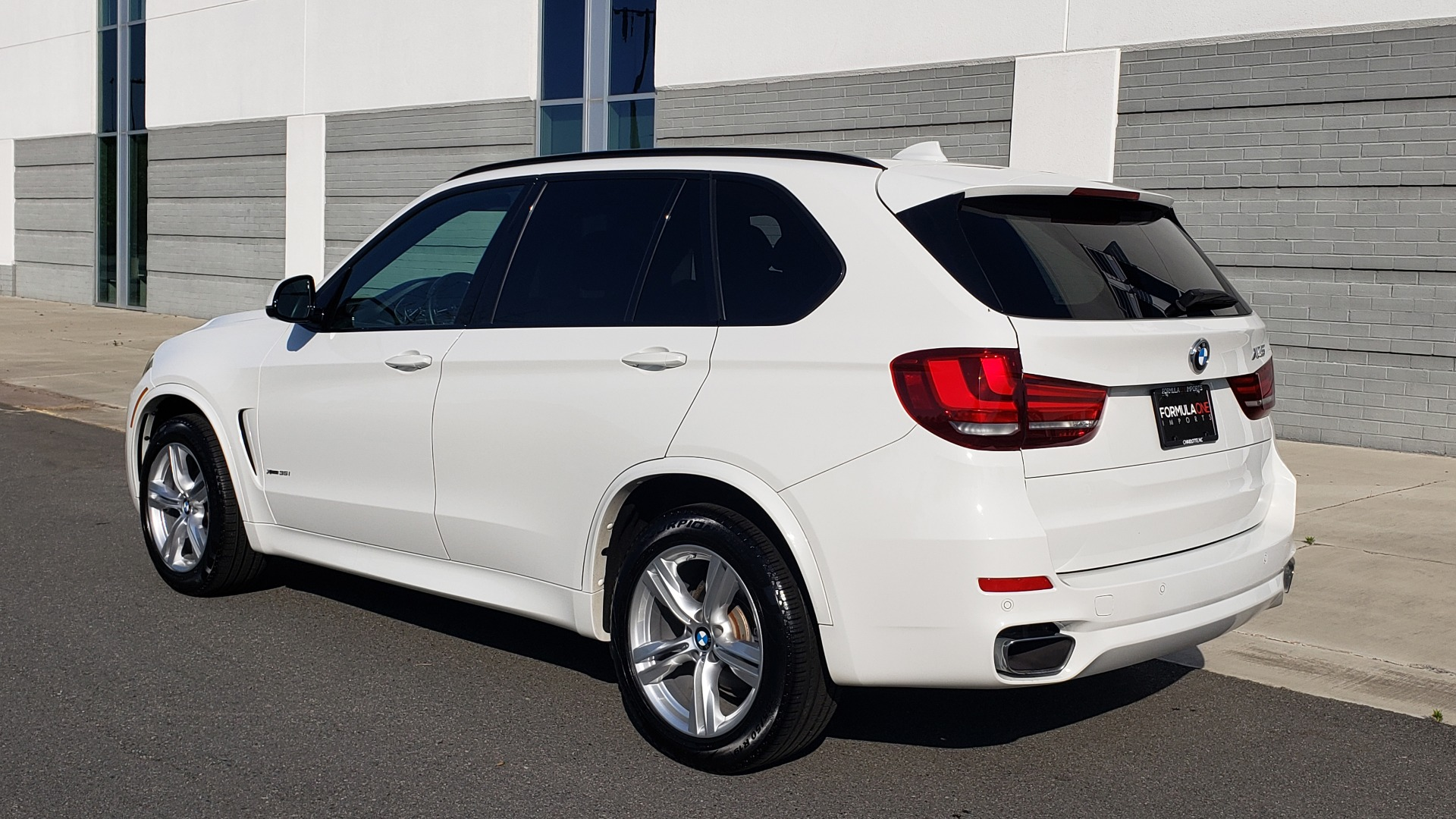 Used 2018 BMW X5 XDRIVE35I / M-SPORT / NAV / SUNROOF / H/K SND / REARVIEW for sale Sold at Formula Imports in Charlotte NC 28227 7